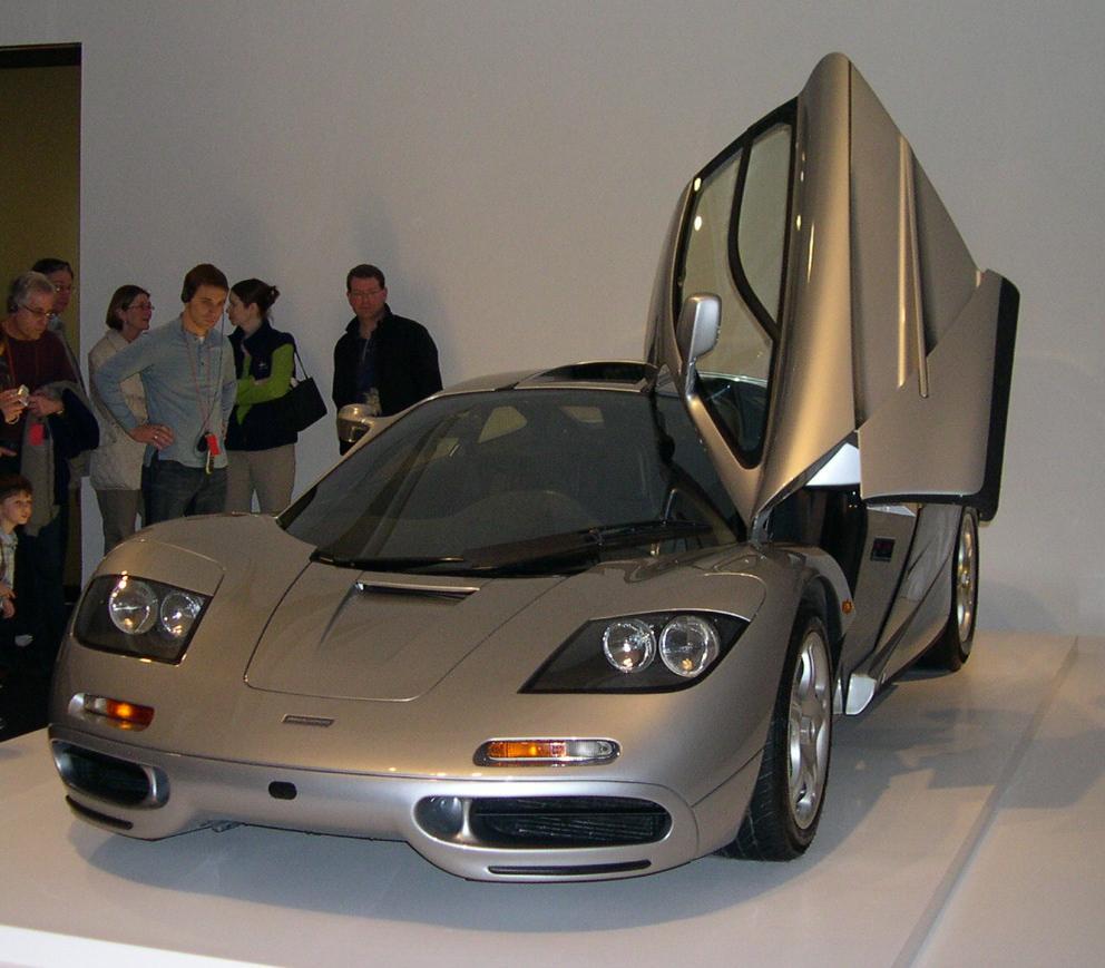 اجمل صور سيارات ماكلارين McLaren F1  وهى اجمل السيارات