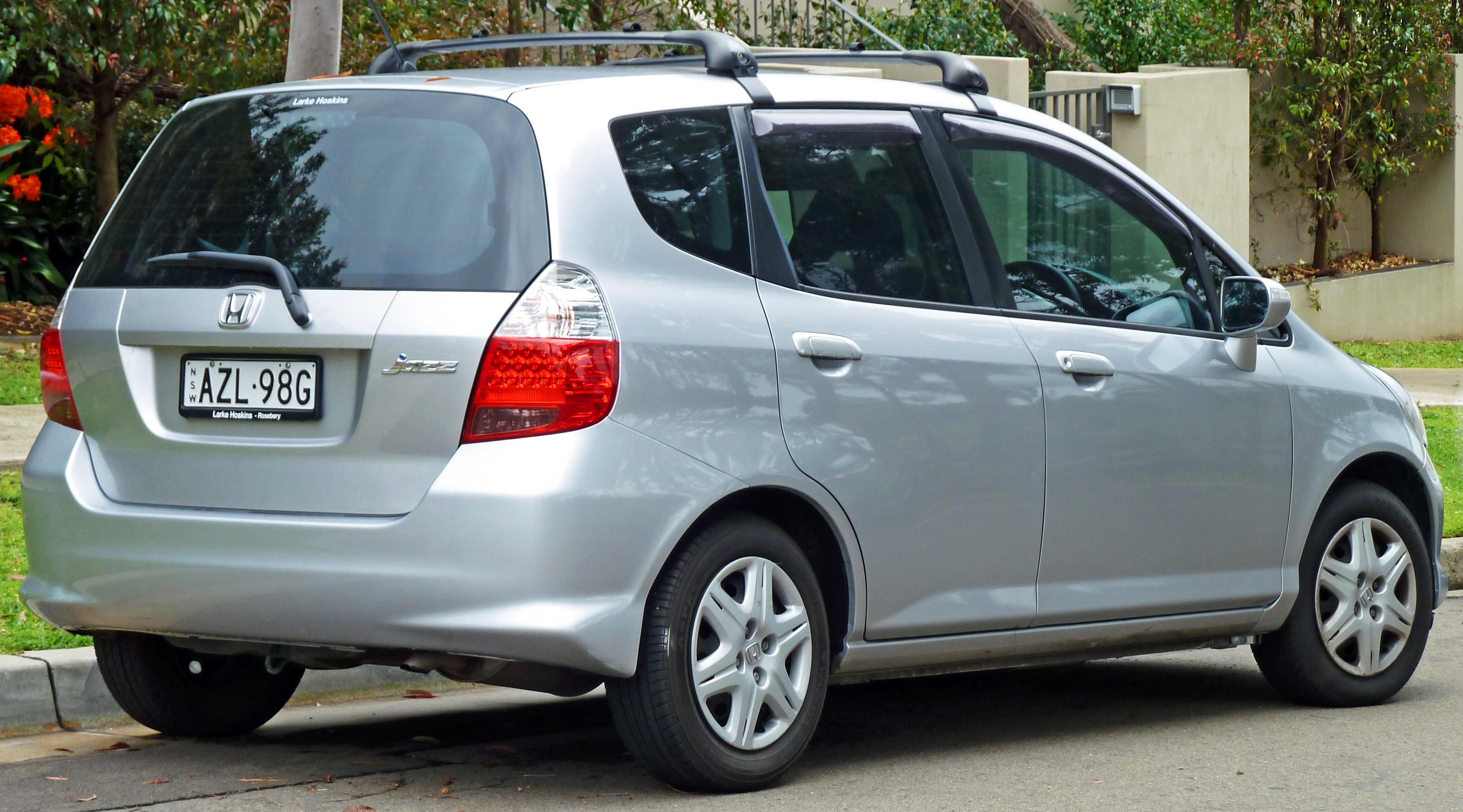 Description 2006-2008 Honda Jazz (GD) hatchback 05.jpg