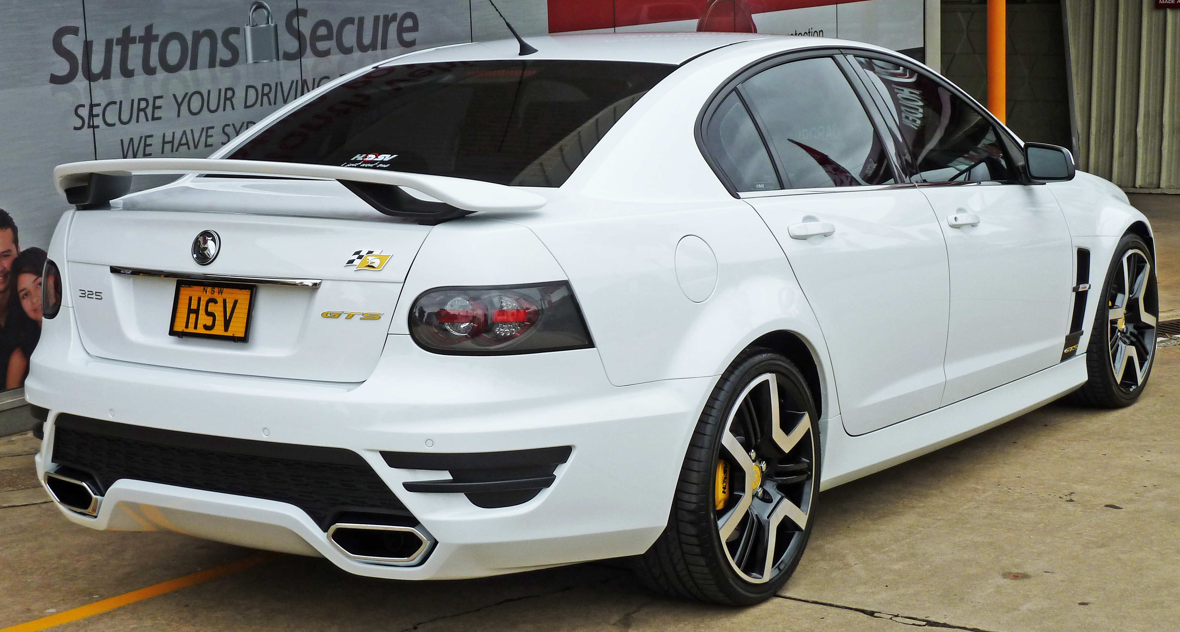 File 2010 hsv gts e series 3 my11 sedan 02 jpg