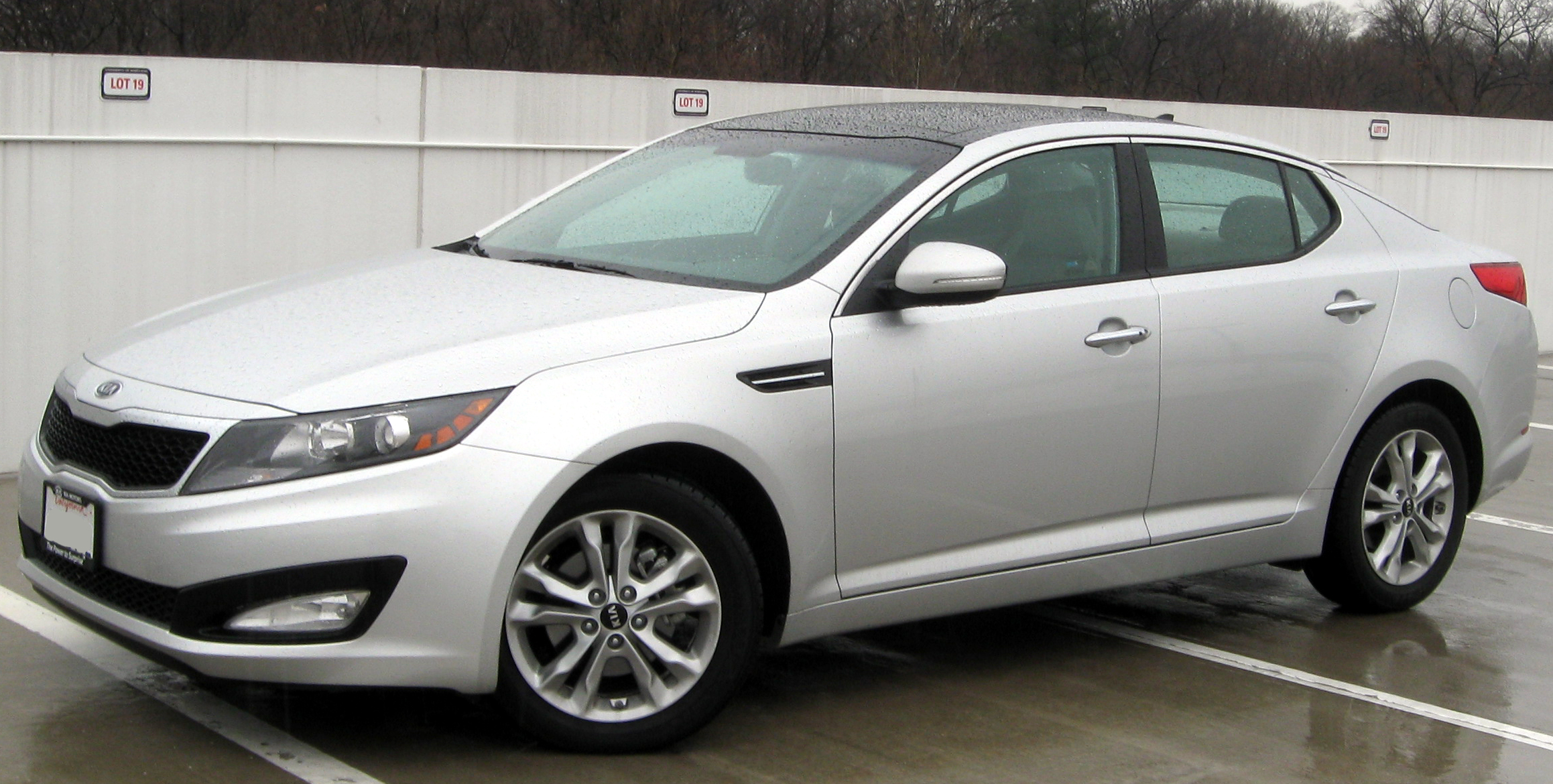Description 2011 Kia Optima EX -- 02-28-2011.jpg