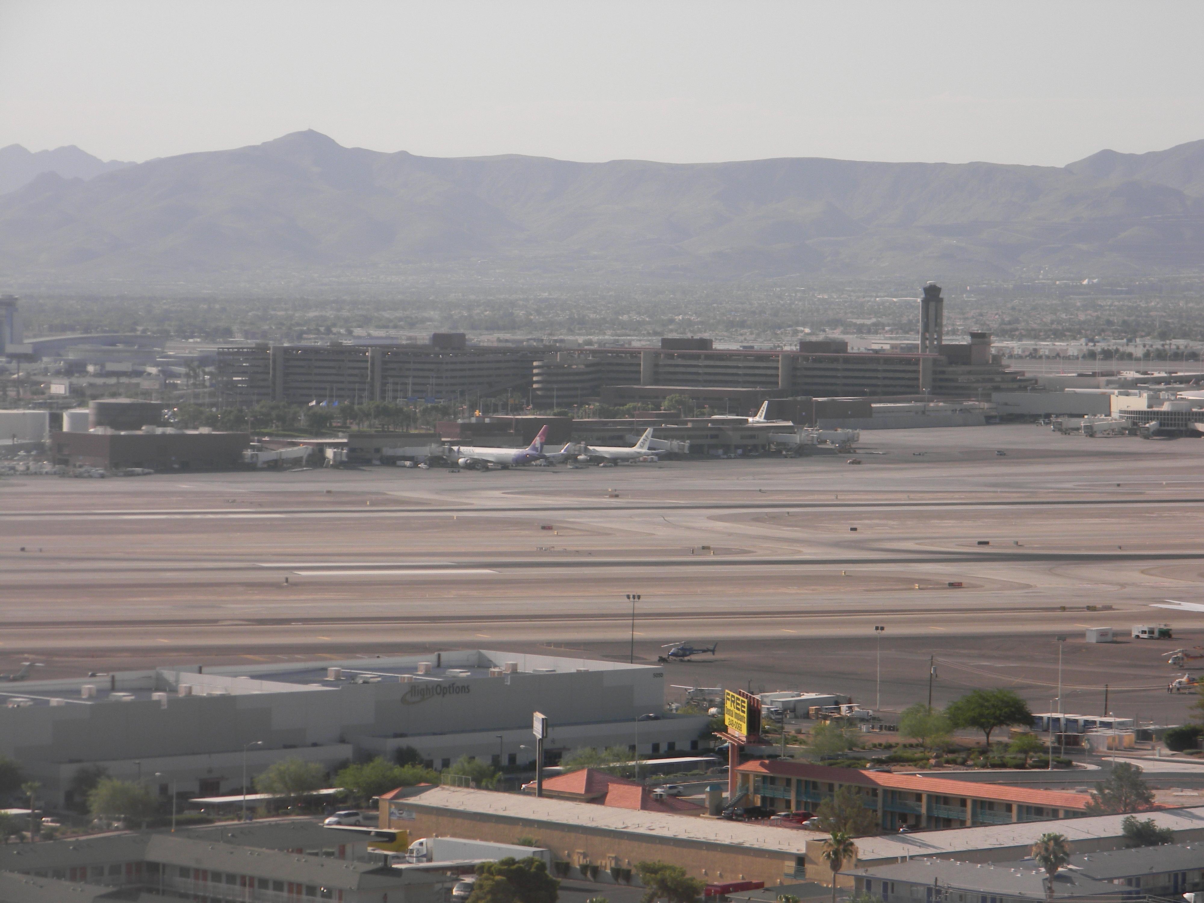 Las Vegas Airport California Pizza Kitchen