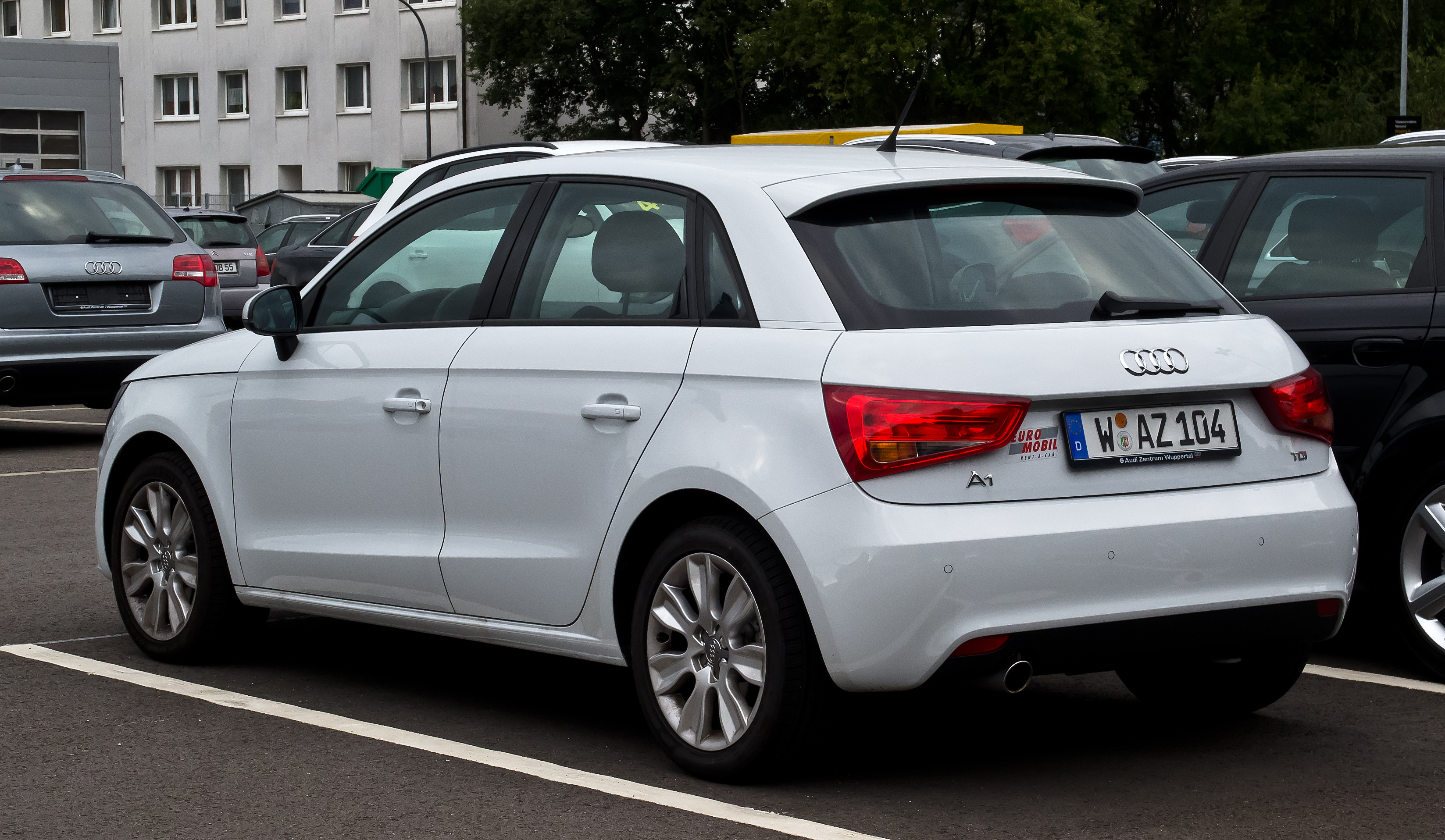 plik audi a1 sportback 1 6 tdi ambition heckansicht 5 september 2012. Black Bedroom Furniture Sets. Home Design Ideas