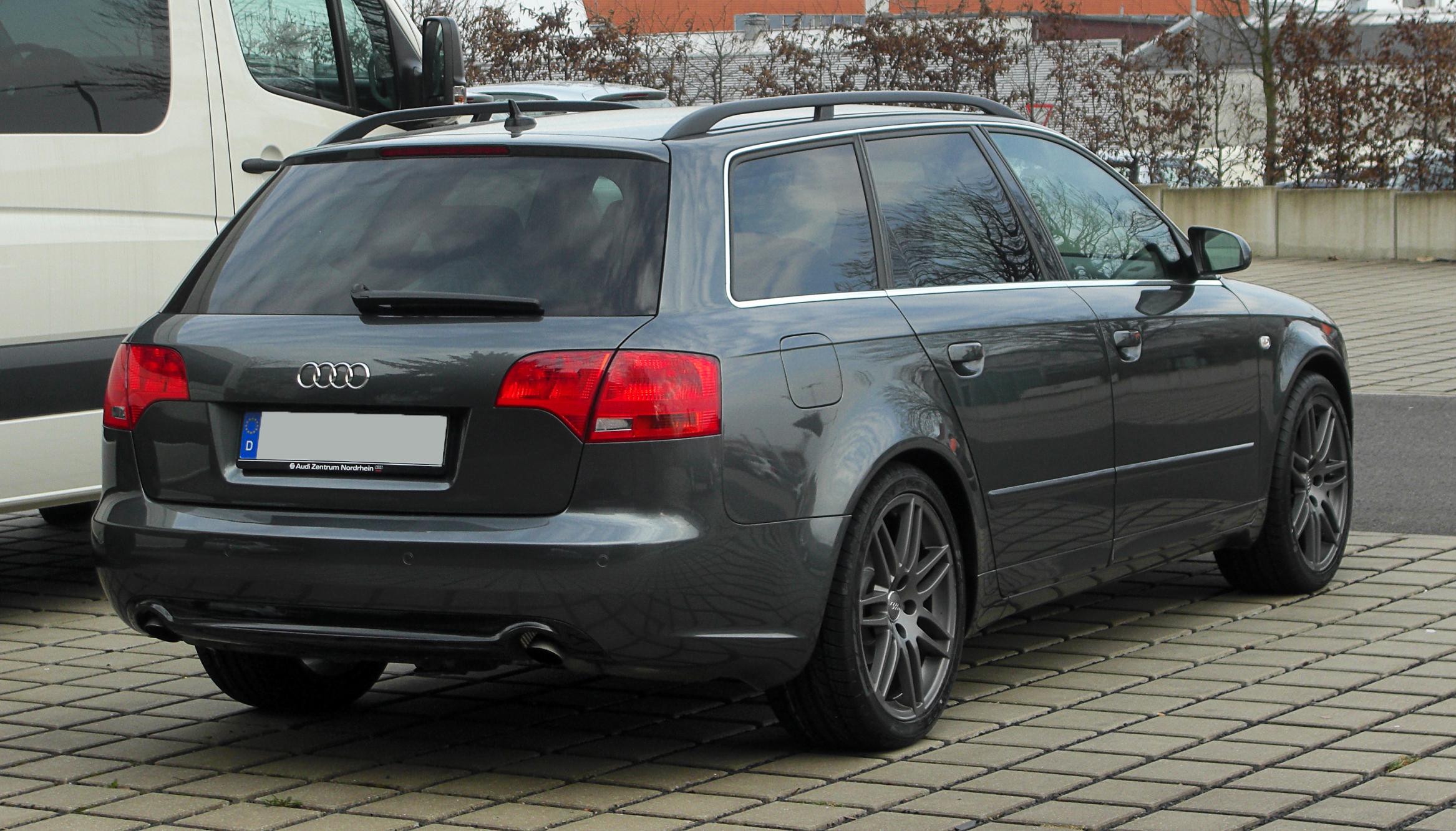File:Audi A4 Avant (B7) – Heckansicht, 12. März 2011, Düsseldorf.jpg - Wikimedia Commons