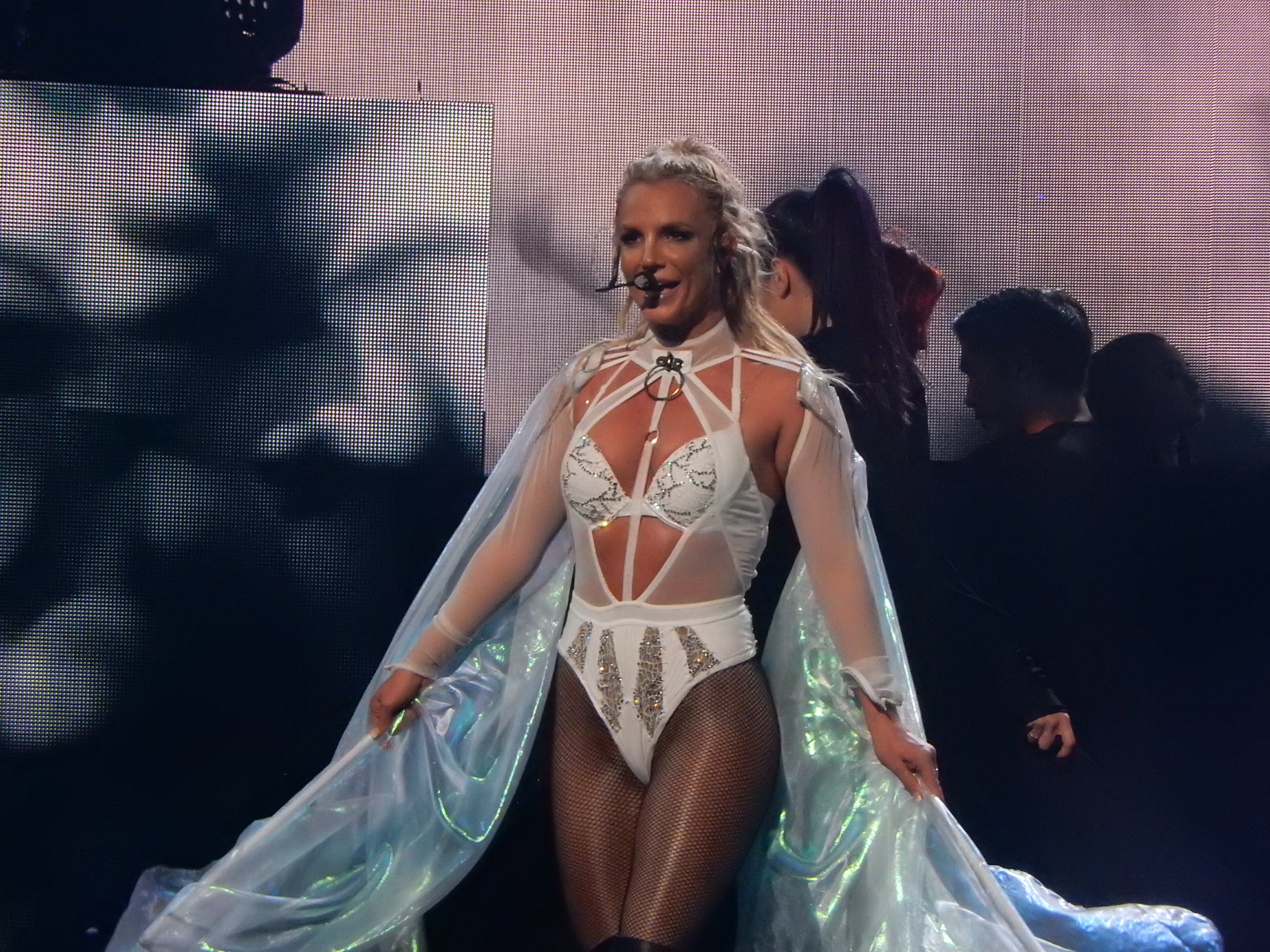 Britney_Spears,_Roundhouse,_London_(Appl