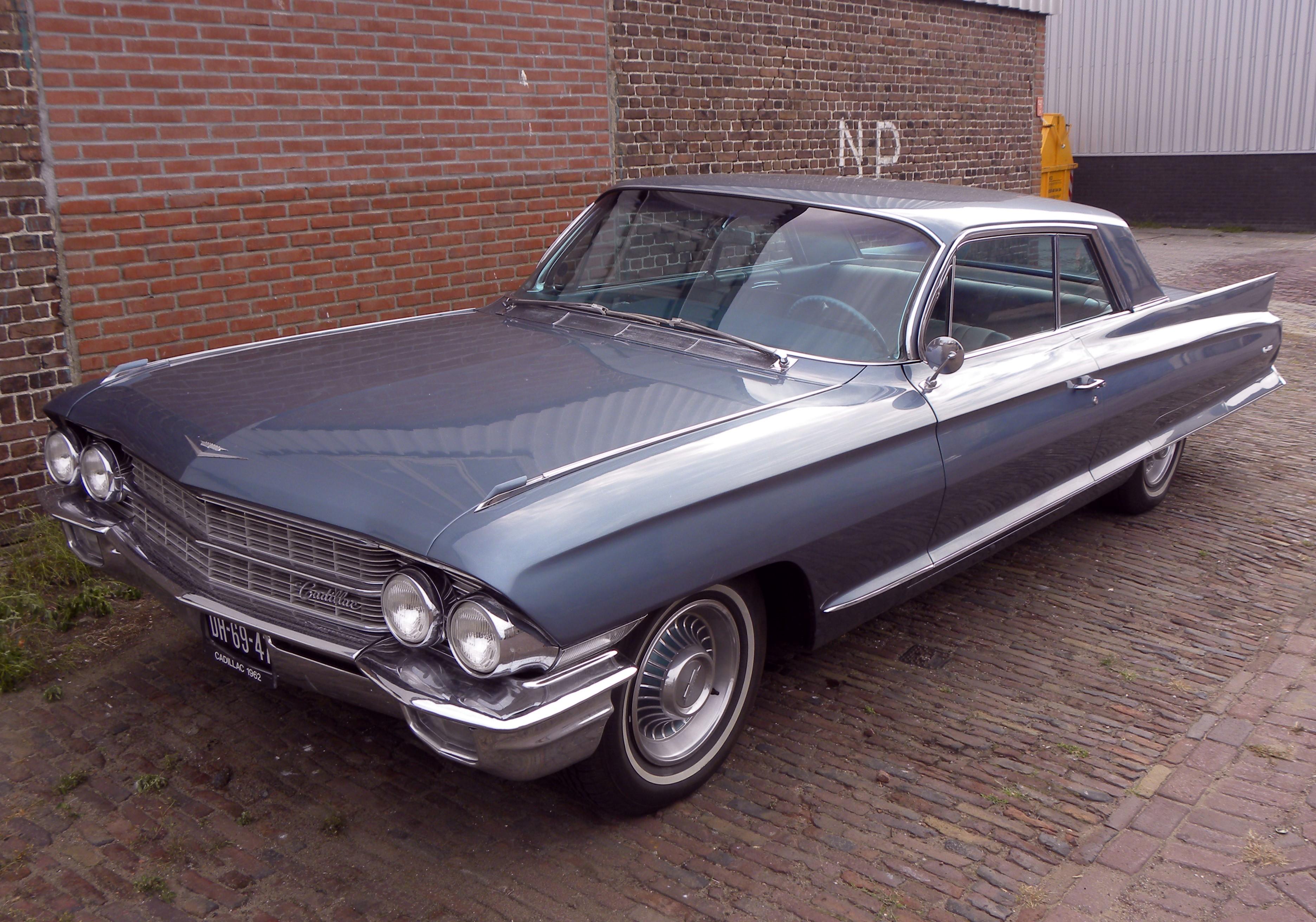File:Cadillac coupe de ville 1962.jpg - Wikimedia Commons