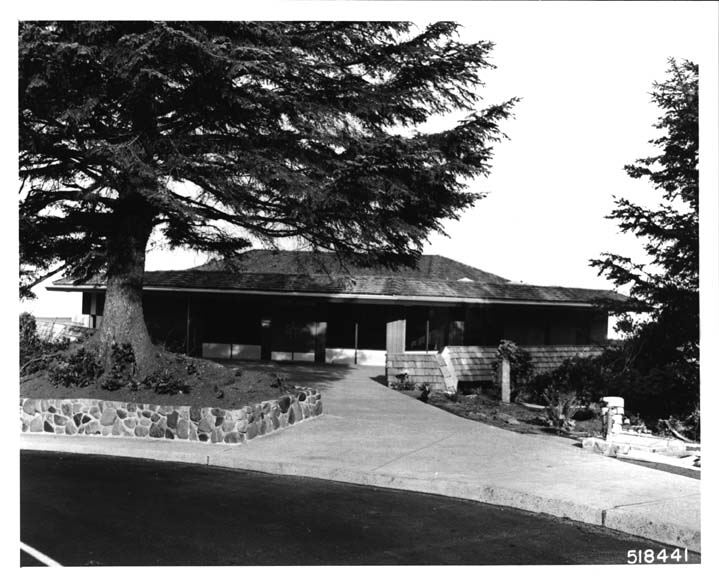 File:Cape Perpetua Visitor Center Building-Oregon-1968.jpg