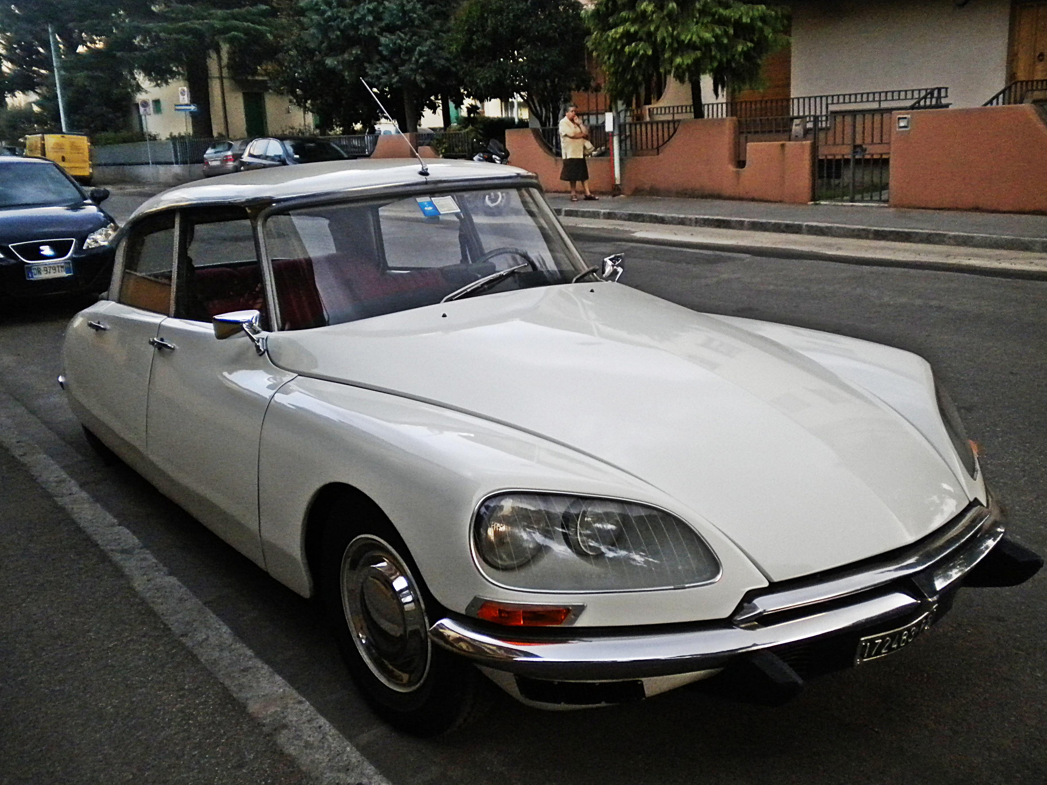 France Cars Photo