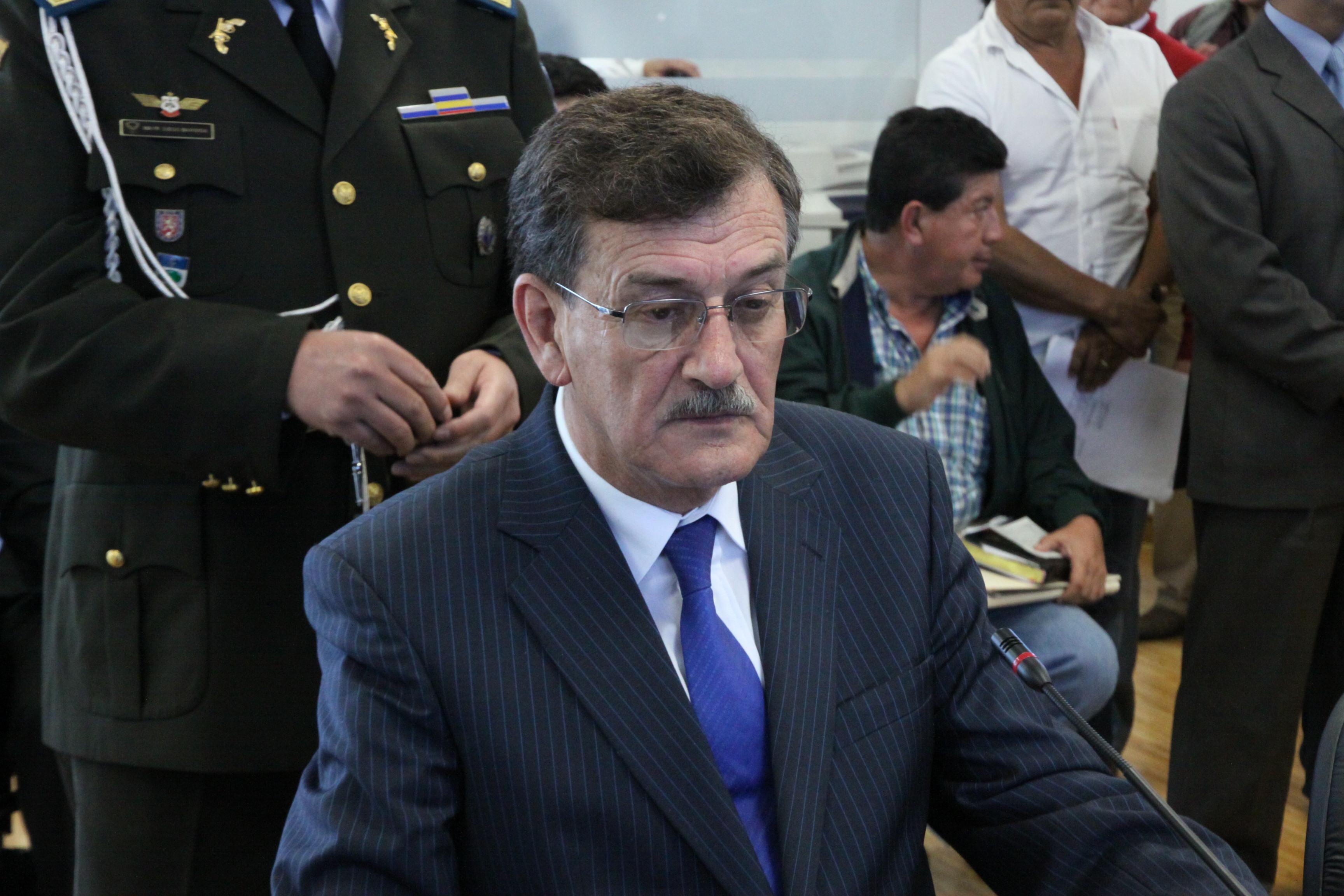de Desarrollo Económico, recibe al ministro de Recursos Naturales no Renovables, Wilson Pástor (7257799440).jpg Español: Foto: Hugo Ortiz Ron / Asamblea