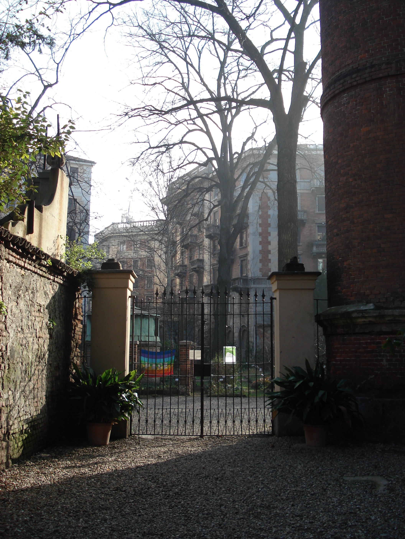 File dsc02728 milano palazzo di brera il giardino for Giardino botanico milano