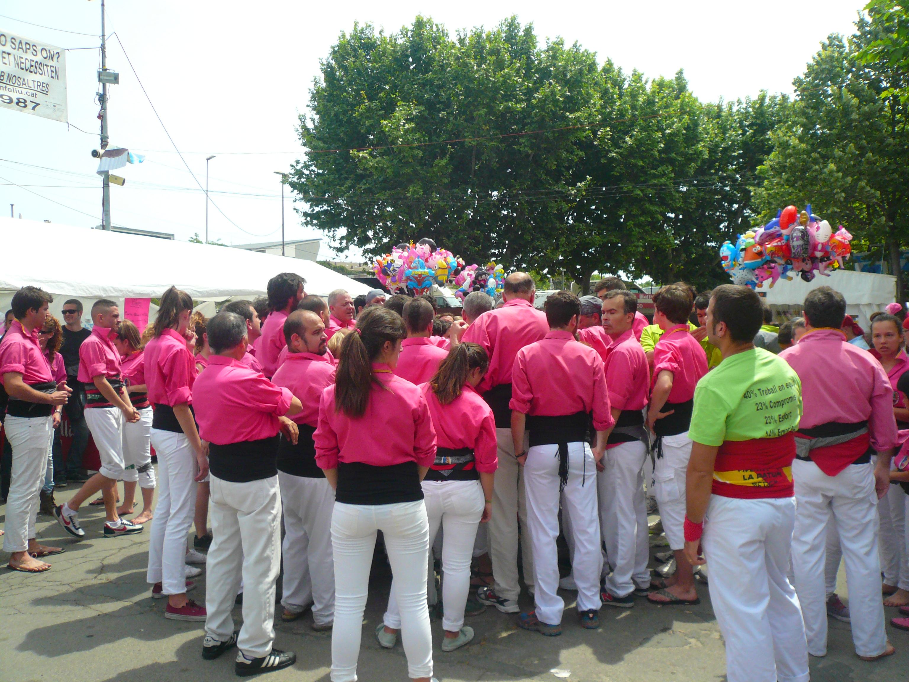 File diada castellera festes de primavera 2014 a sant for Gimnasio sant feliu de llobregat