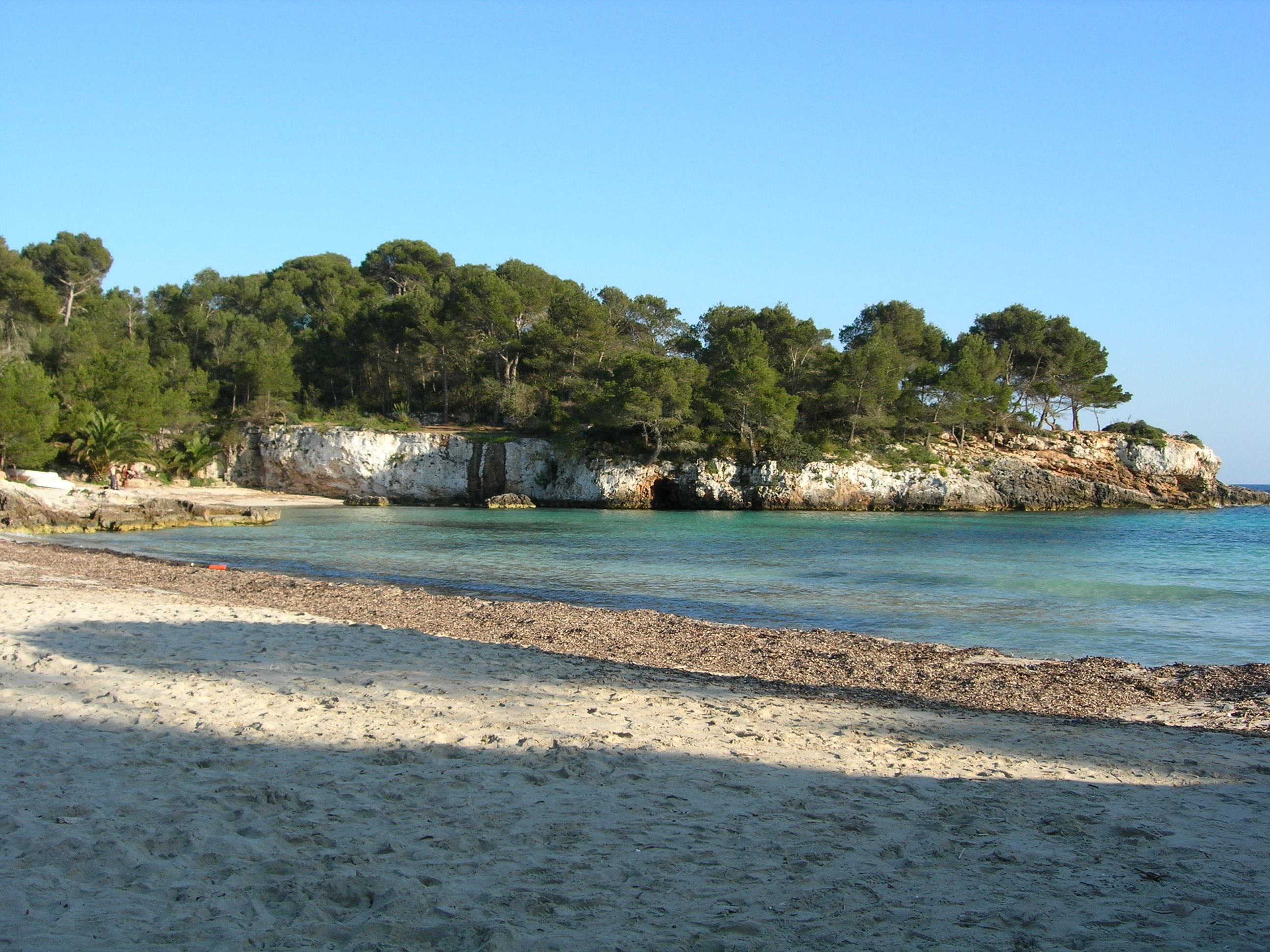 File:E04 Cala d'en Turqueta.JPG - Wikimedia Commons