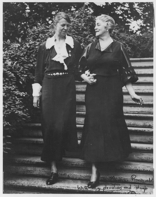 File:Eleanor Roosevelt and Ruth Bryan Owen in Washington ...