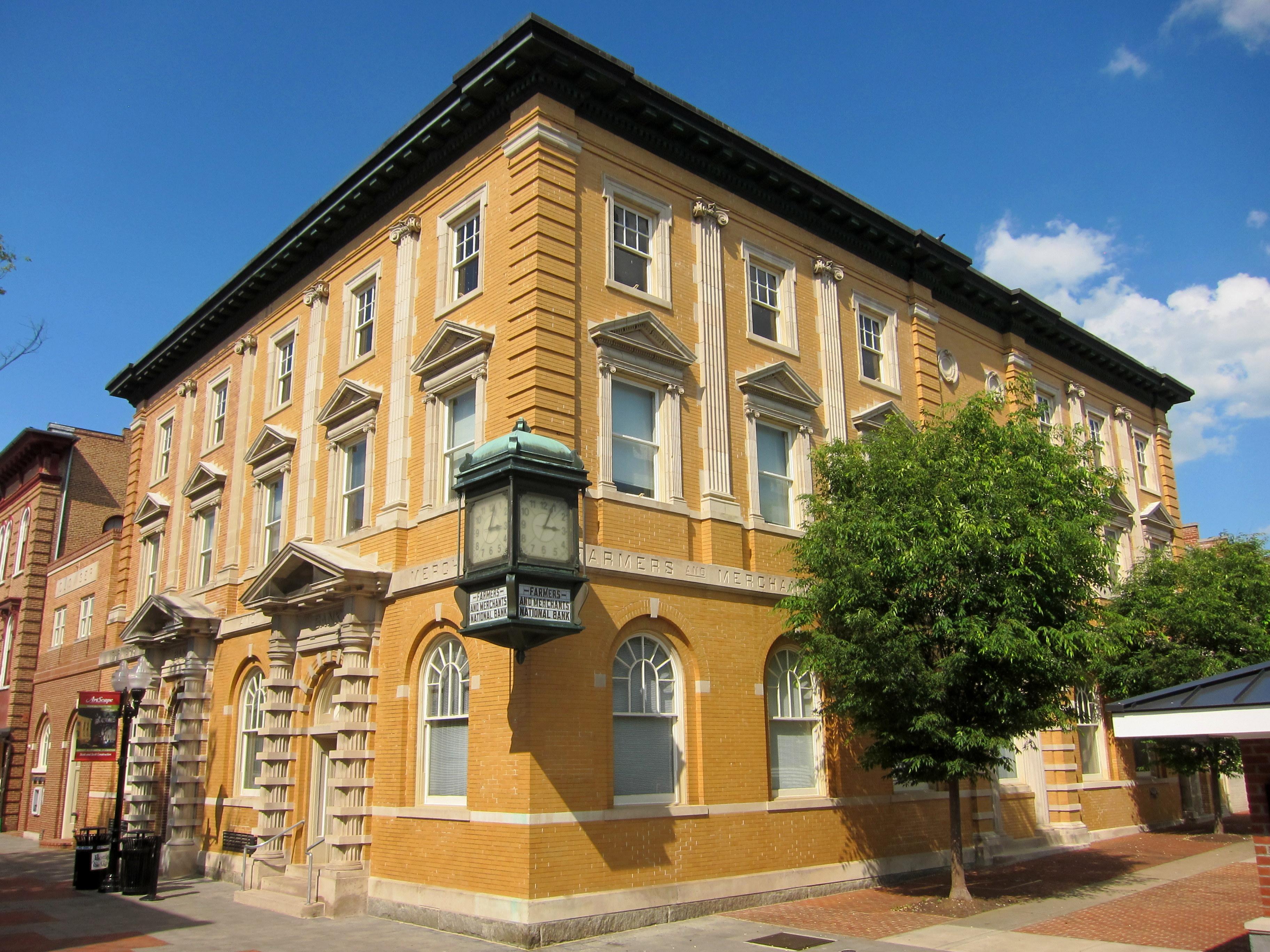 File:Farmers and Merchants Bank (Winchester, Virginia) jpg