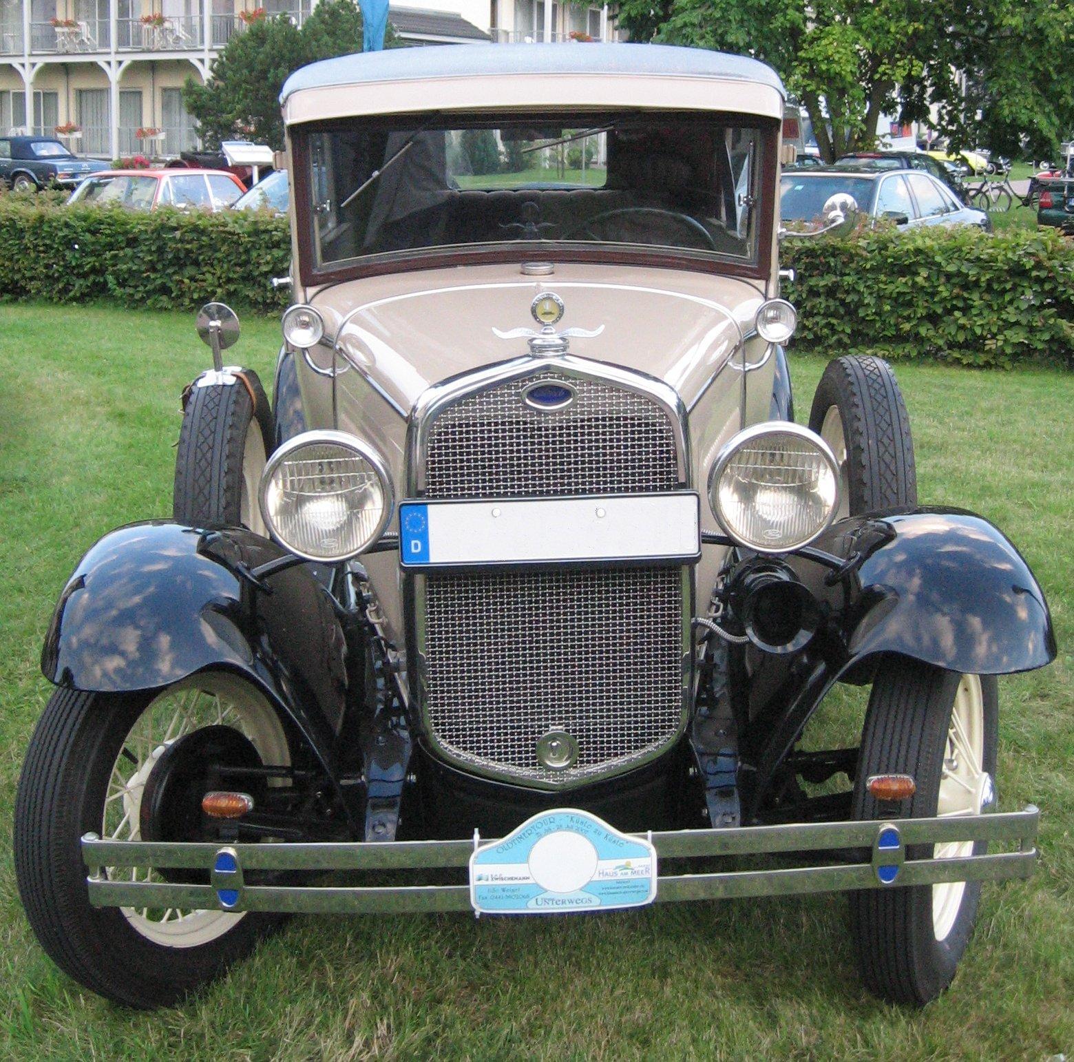 File Ford A Tudor Sedan 1930 Front Jpg Wikimedia Commons