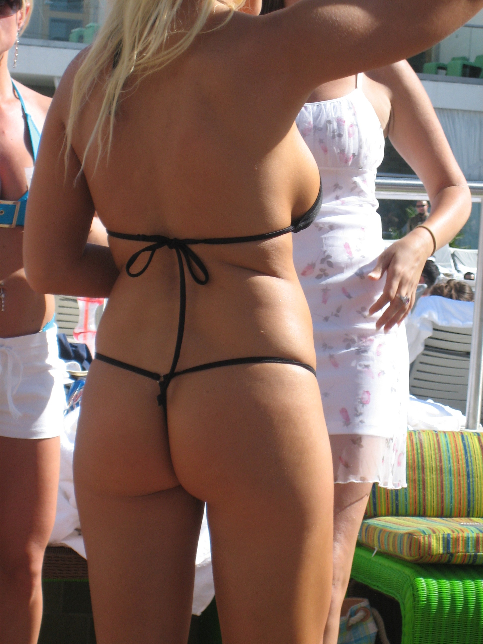 Файл:G-String Bathing Suit.jpg