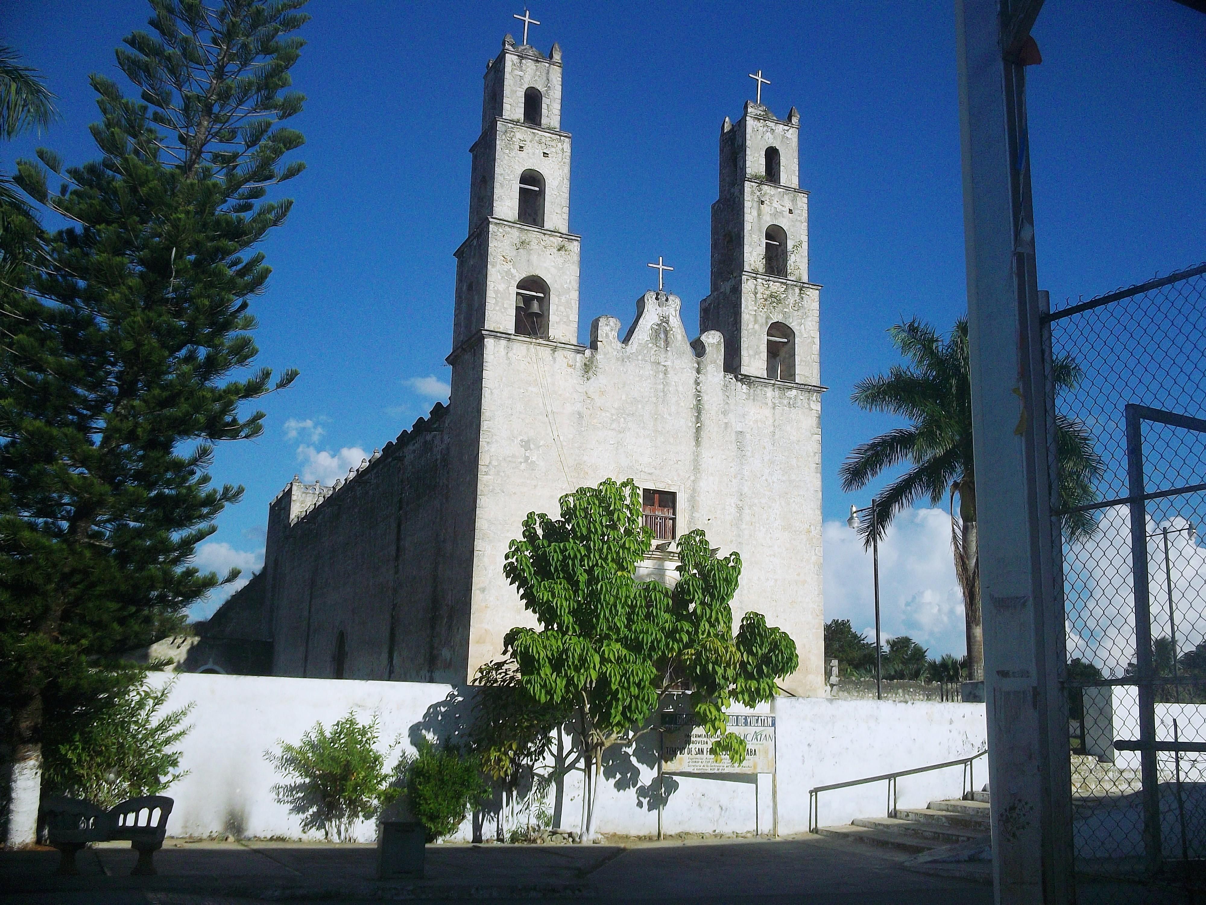 Archivo:Hocabá, Yucatán (03).JPG