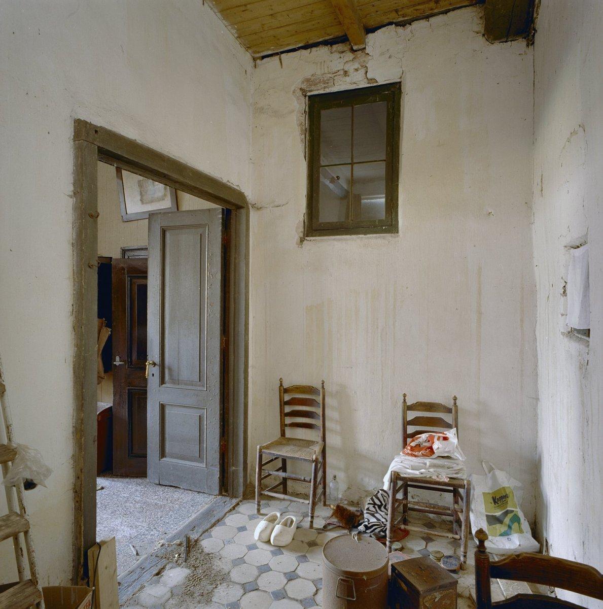 File:Interieur voorhuis, ruimte achter de oude keuken ( kijkt uit op ...
