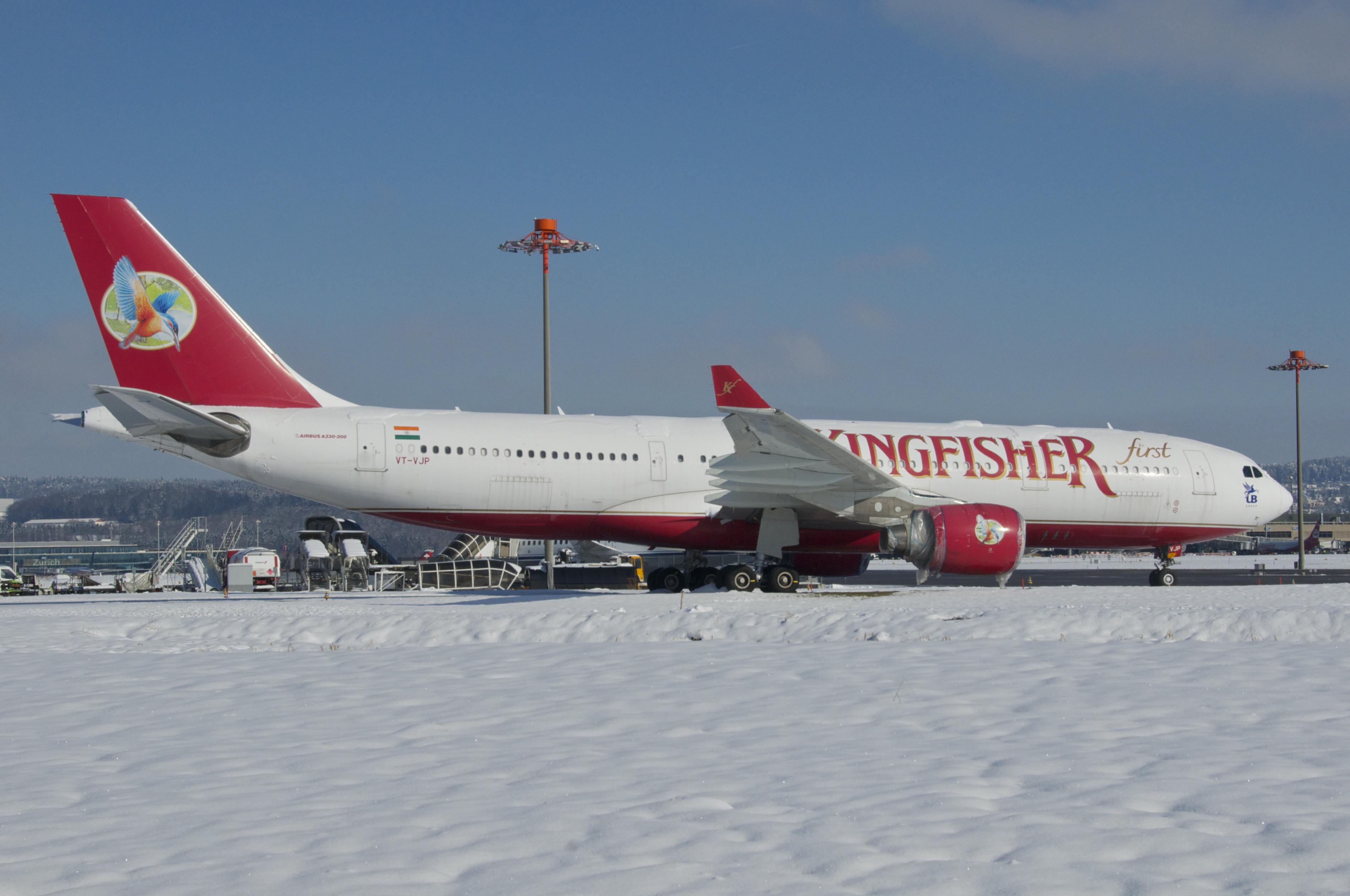 Description kingfisher airlines airbus a330 200 vt vjp zrh 10 02 2013