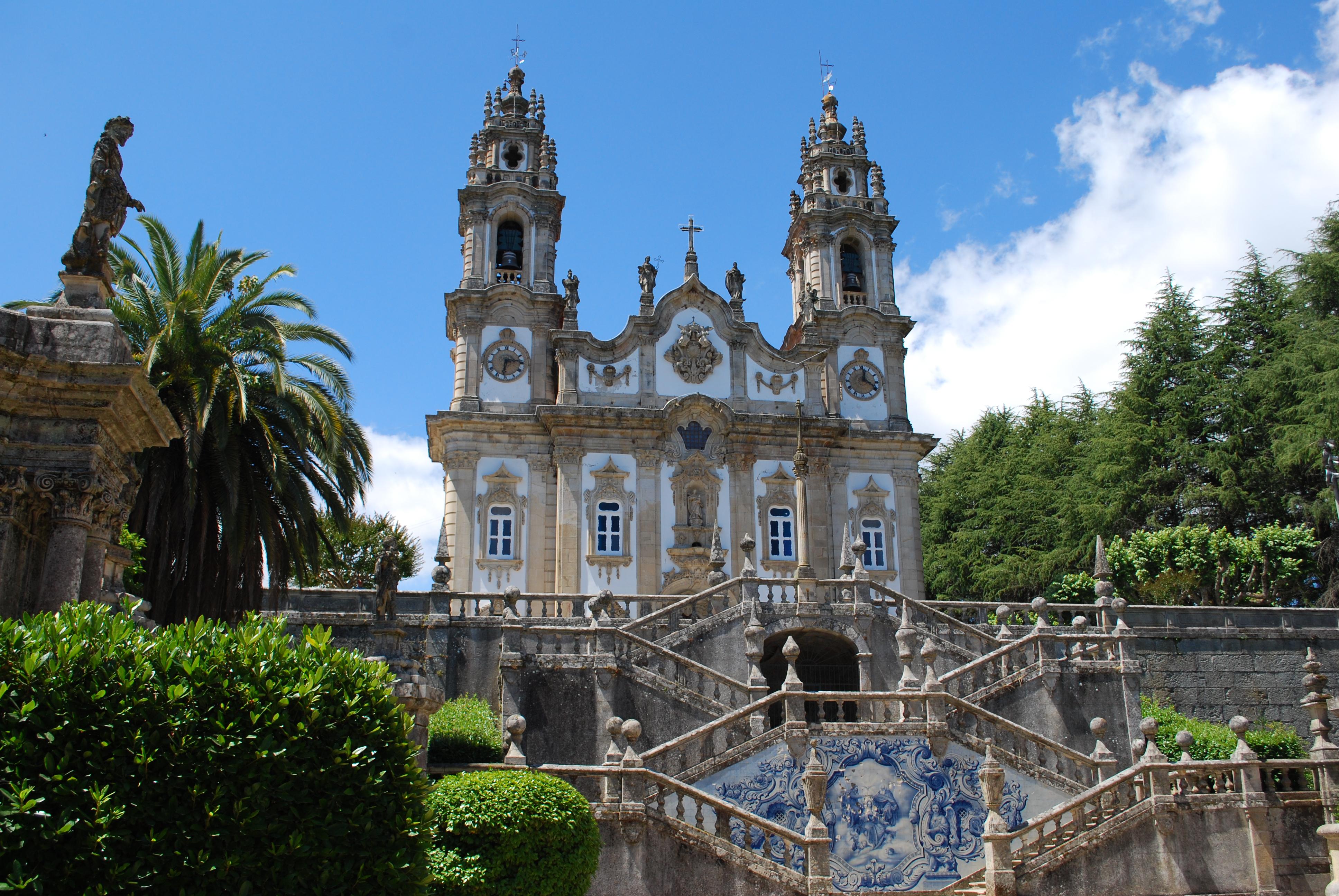 Lamego Portugal  City new picture : Description Lamego Santuário de Nossa Senhora dos Remédios Vista ...