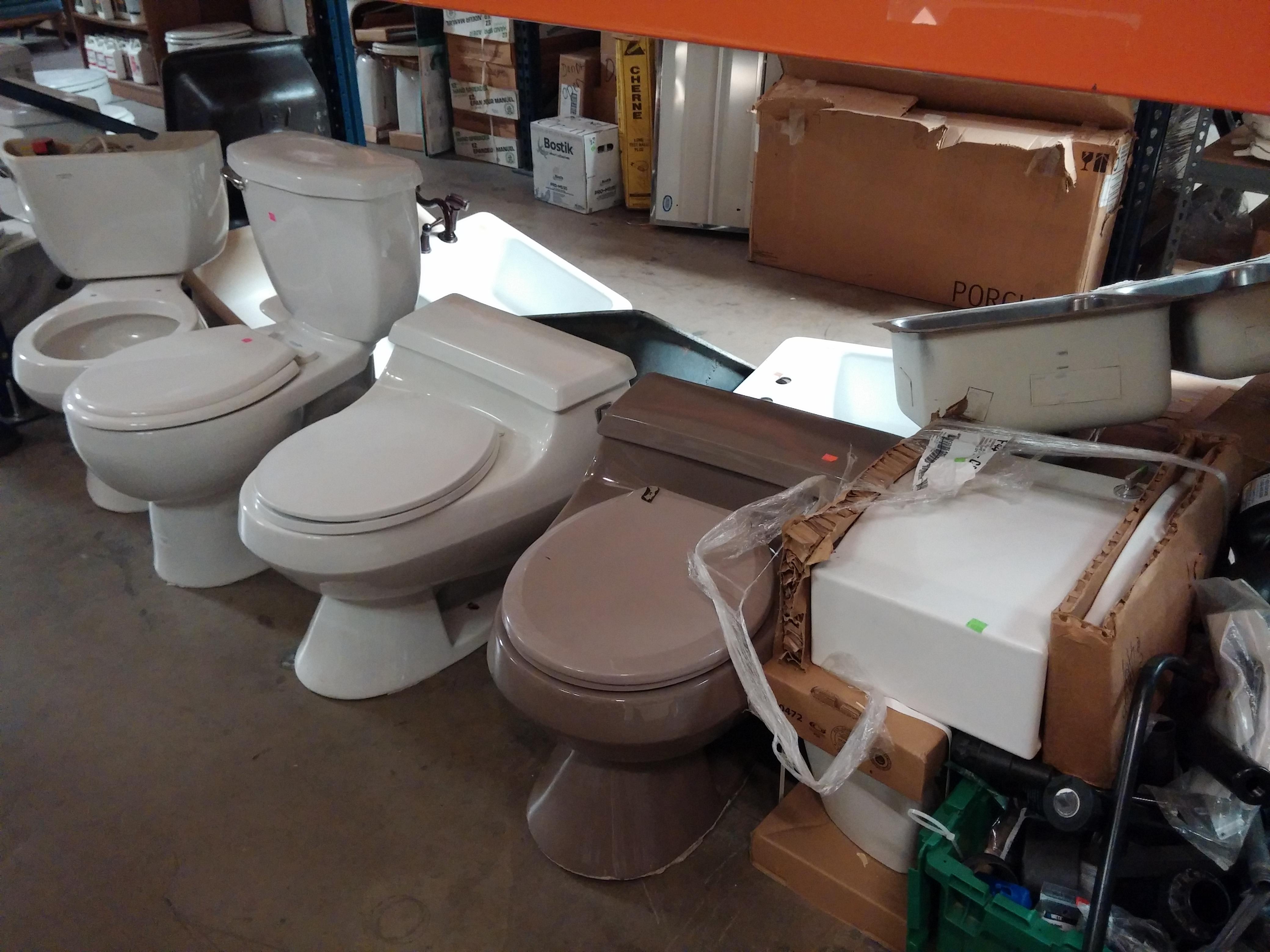 File:low Profile Toiletg