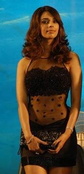 Mallika Sherawat at Dasavathaaram release by IndiaFM.jpg