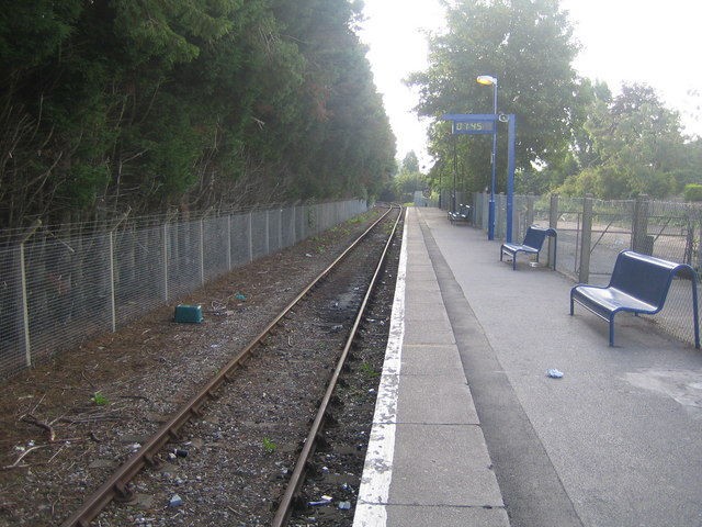 File:Marlow railway station (2) - geograph.org.uk - 489026.jpg