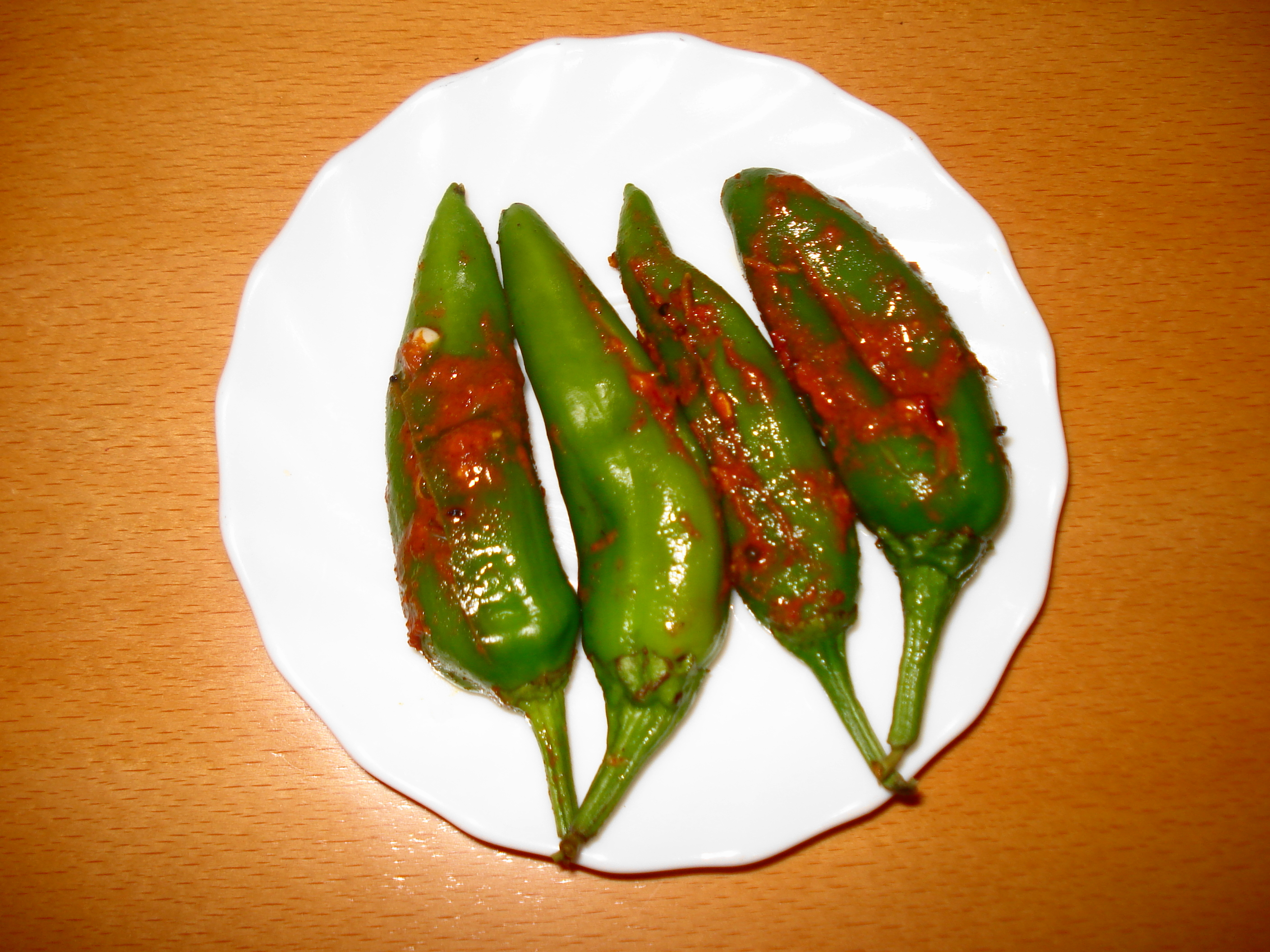 Masala Filled Green Chillies