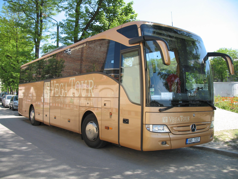 File mercedes benz tourismo in krak w vega for Mercedes benz tour bus