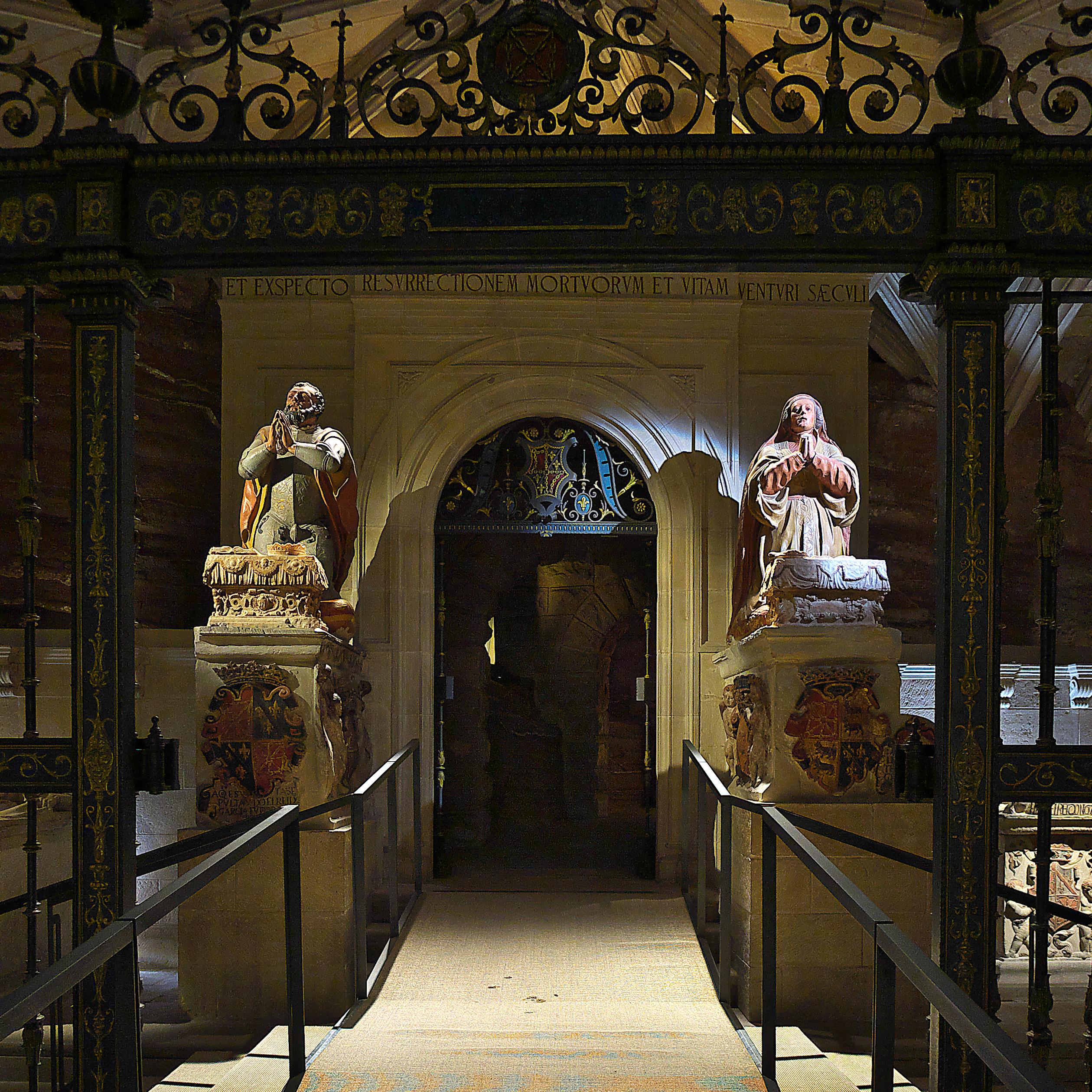 File Panteon De Los Reyes Monasterio De Santa Maria La Real De