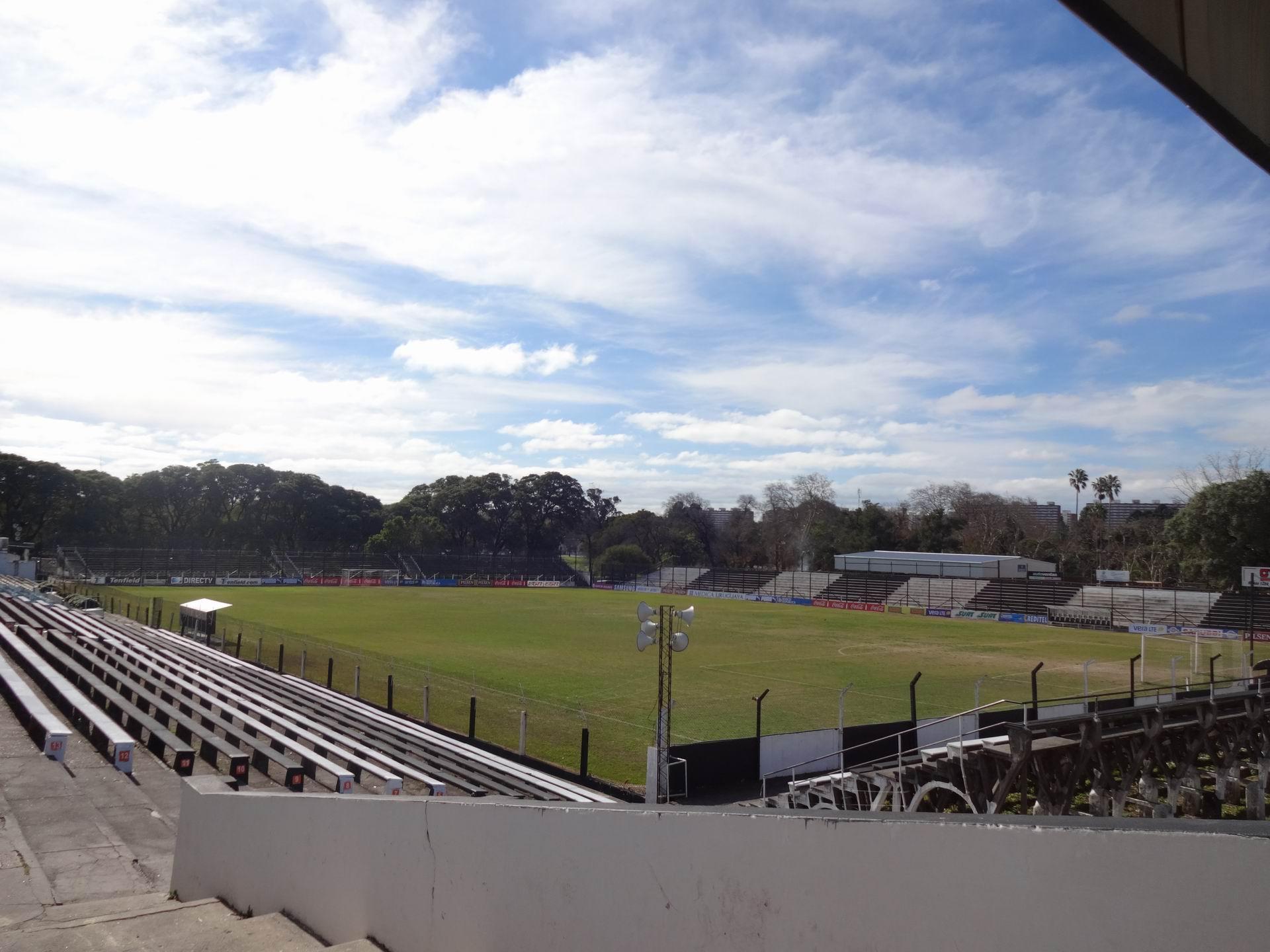 Resultado de imagem para Estádio Parque Alfredo Víctor Viera Estádios