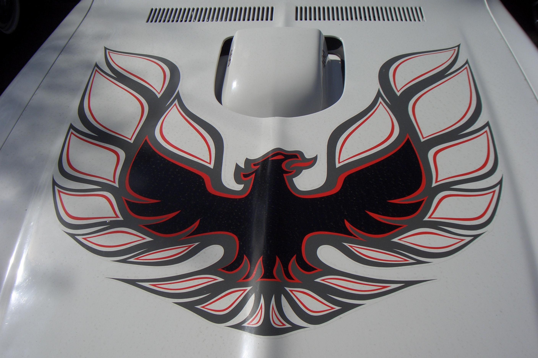 File Pontiac Firebird Transam 400 Gen2 000 1977 1979 Hood Emblem 2012 04 01 A Jpg Wikimedia Commons