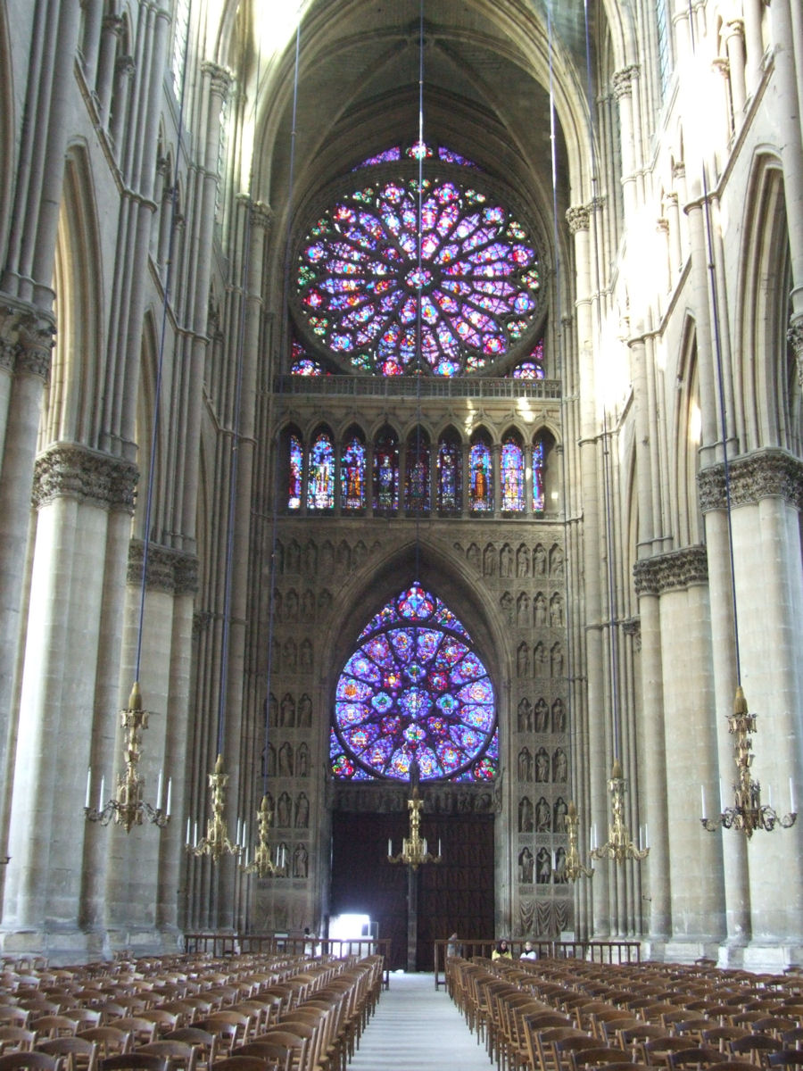 west facade two rose windows the upper is rayonnant cathacdrale de notre dame