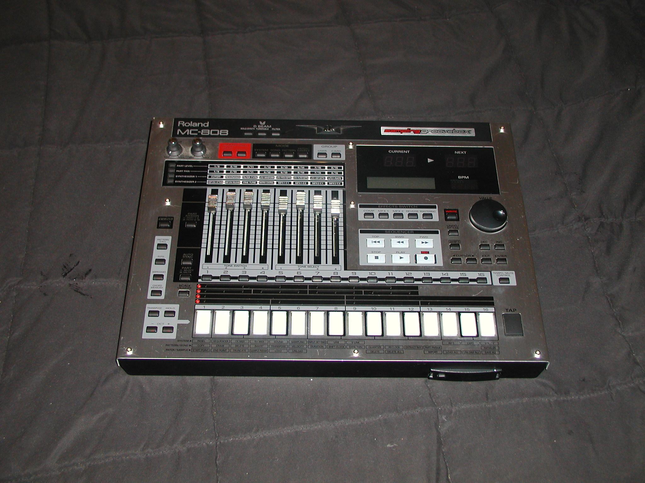 Roland MC-808 - Wikipedia