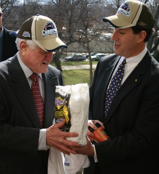Santorum Makes Good on Friendly Wager with Kennedy.jpg