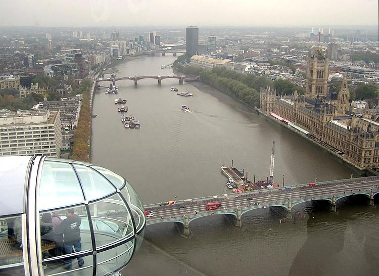 Fitxategi:Thames river lambeth bridge.jpg