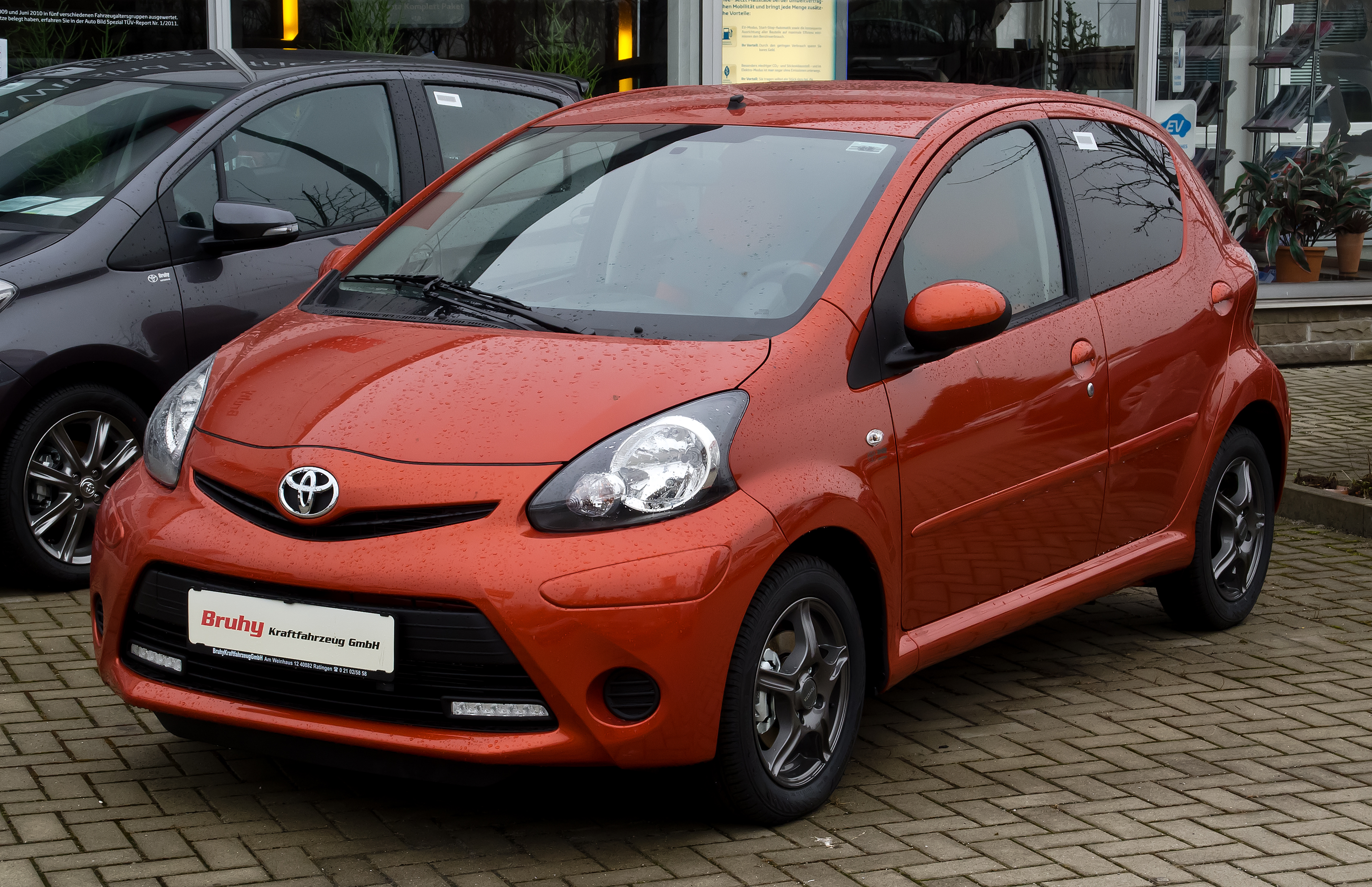 toyota aygo wikiwand. Black Bedroom Furniture Sets. Home Design Ideas