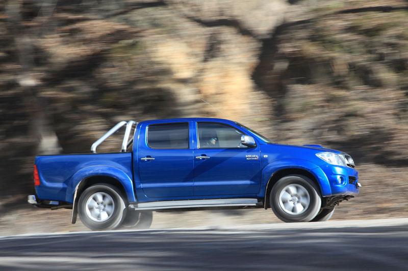 File:Toyota HiLux Vs Volkswagen Amarok Comparison Test (7066212187 ...