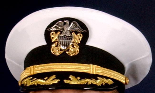 Archivo:US Navy Hat Commander Scrambled Eggs jpg - Wikipedia