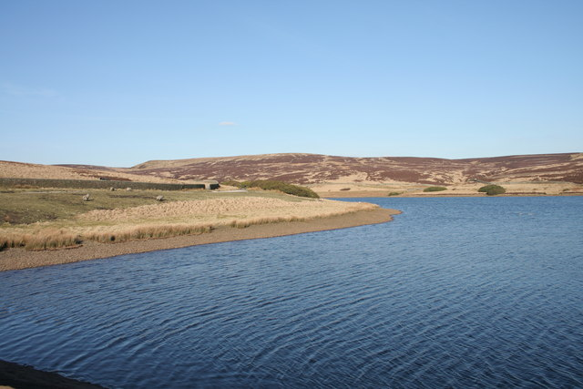 Walshaw Dean Middle Reservoir - geograph.org.uk - 1227252