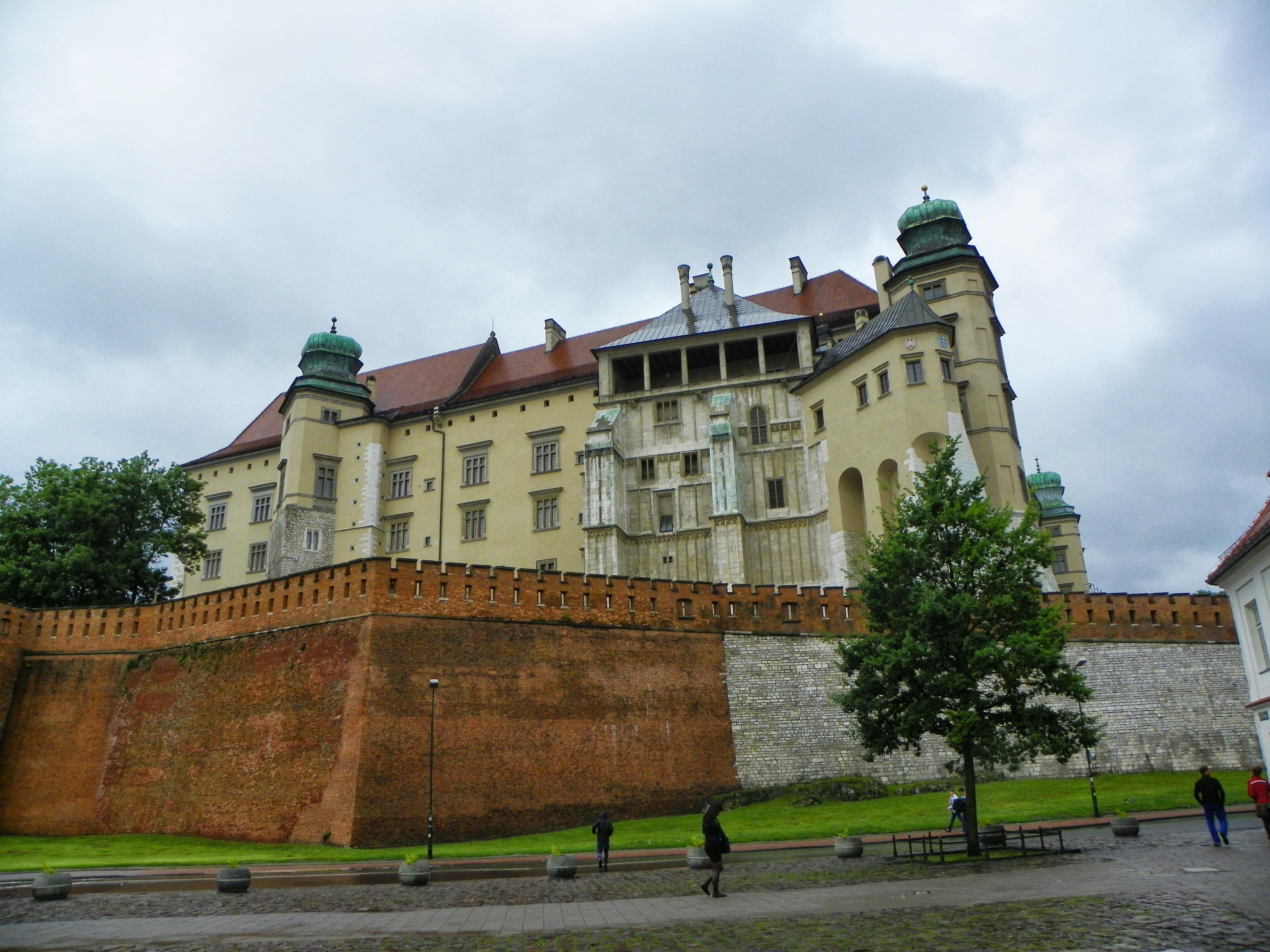 File:Wawel, Cracovia, Polonia - panoramio (1).jpg ...