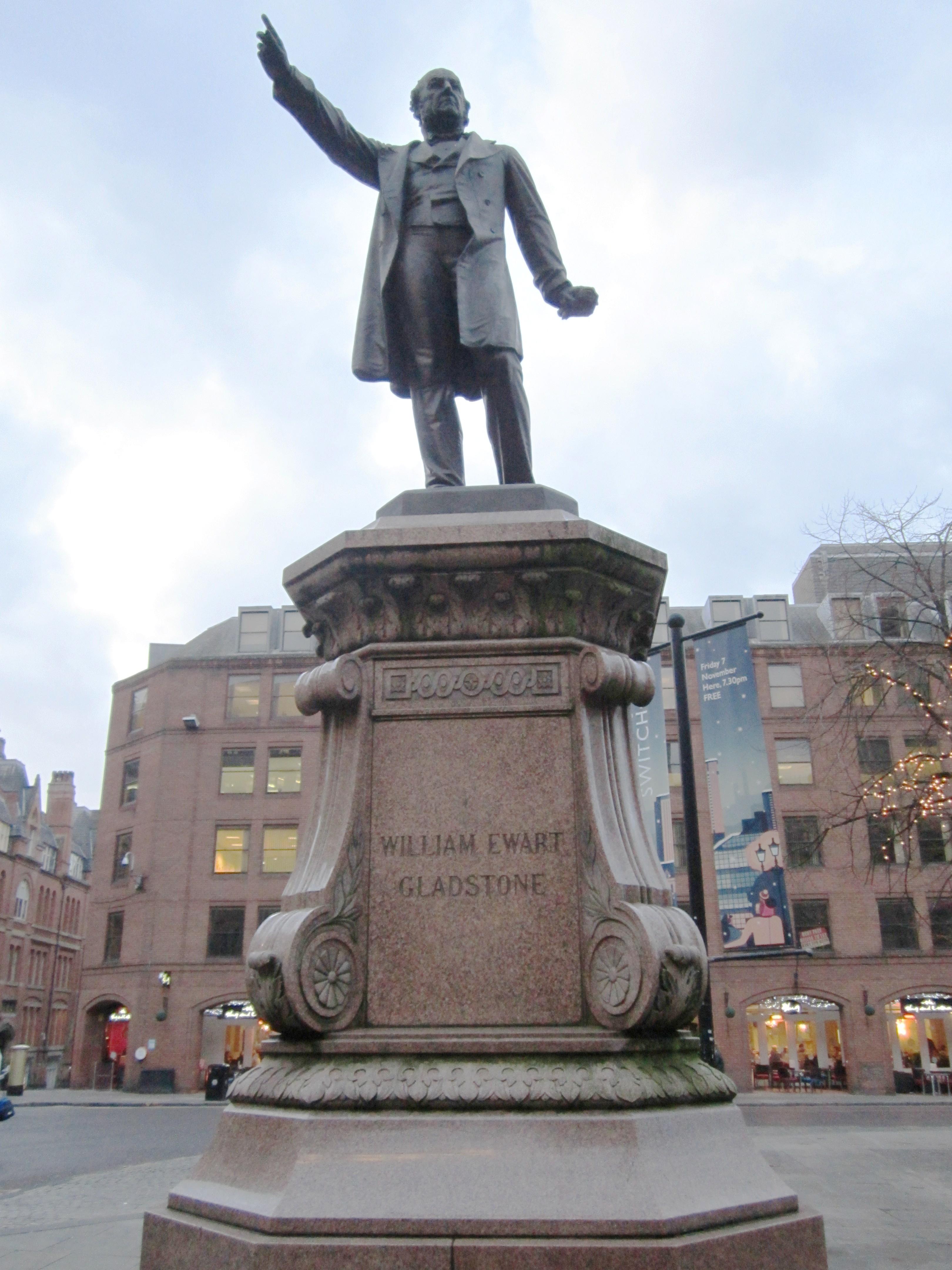 Filewilliam ewart gladstone statue albert square manchester 1 filewilliam ewart gladstone statue albert square manchester 1g sciox Choice Image