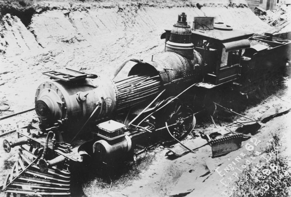 File:Wrecked steam locomotive after its boiler exploded, Brisbane ...
