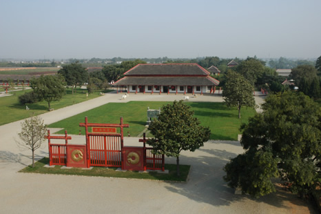 Entrance area of the Yin ruins museum in Anyang, Henan