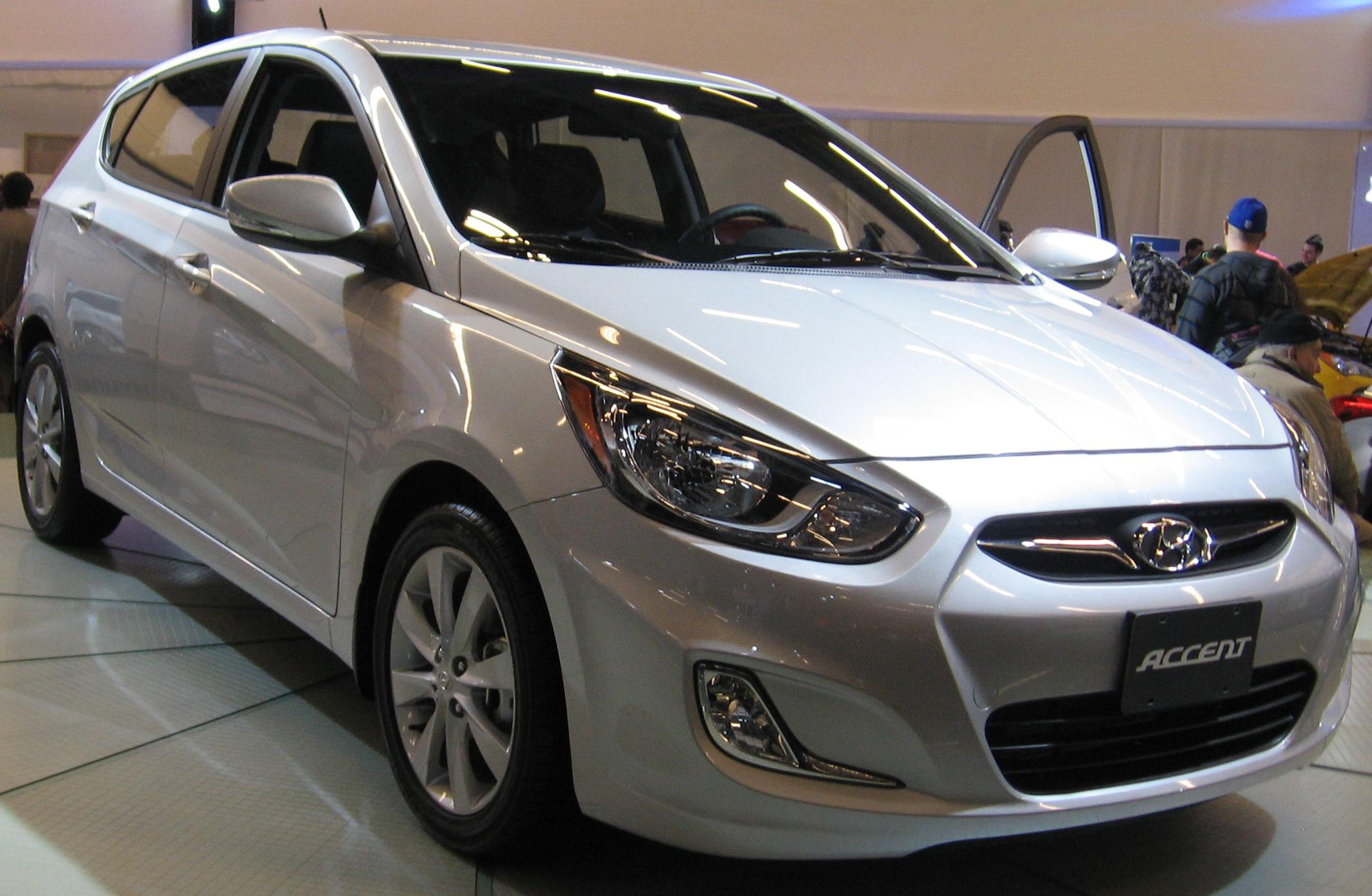 Hyundai Accent Hatchback >> File 12 Hyundai Accent Hatchback Mias 11 Jpg Wikipedia