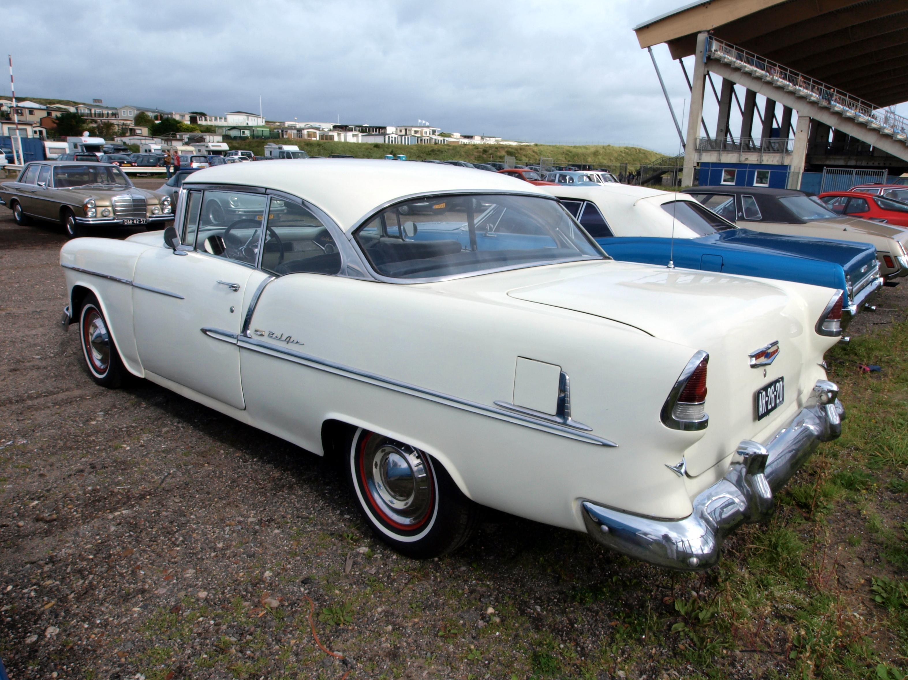 File 1955 chevrolet bel air 2dr hardtop jpg wikimedia for 1950 chevy belair 2 door hardtop