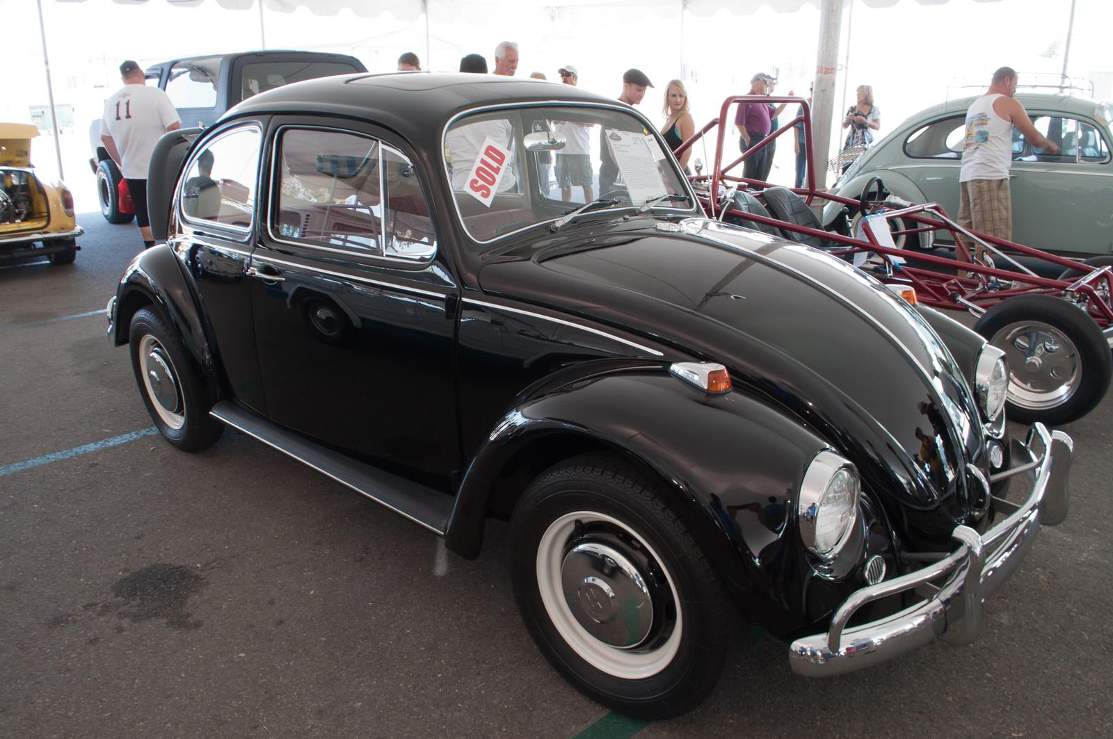 Description 1967 Volkswagen Beetle - Flickr - skinnylawyer.jpg
