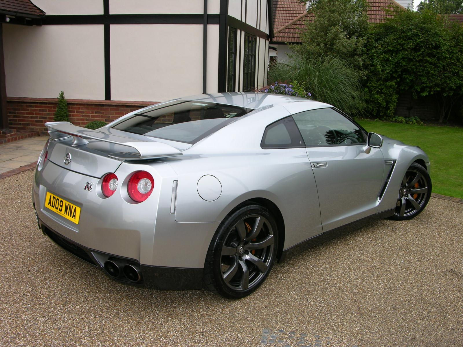file:2009 nissan gt-r premium - flickr - the car spy (31)