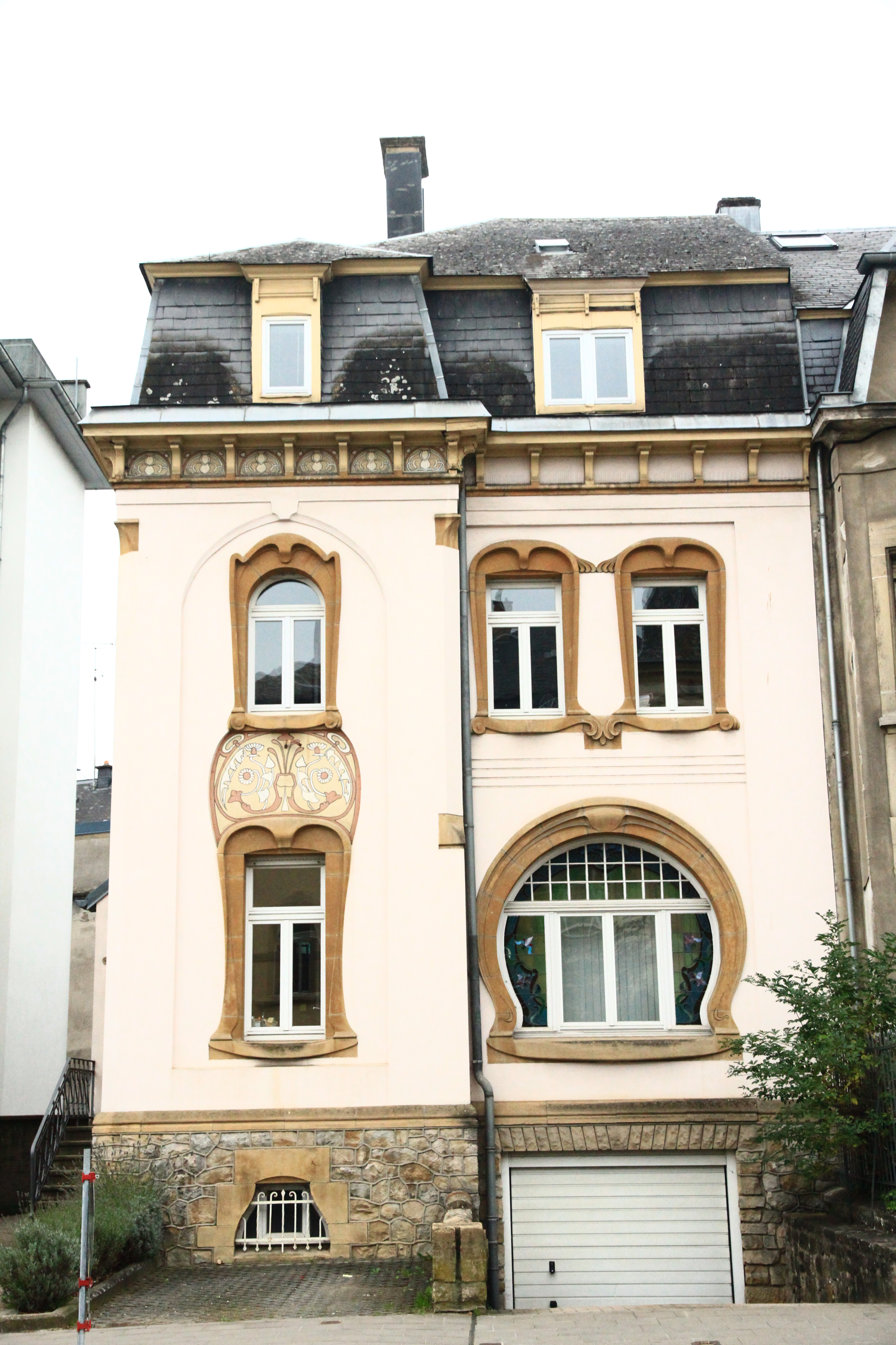 Fichier 23 boulevard grande duchesse charlotte for Maison moderne luxembourg wikipedia