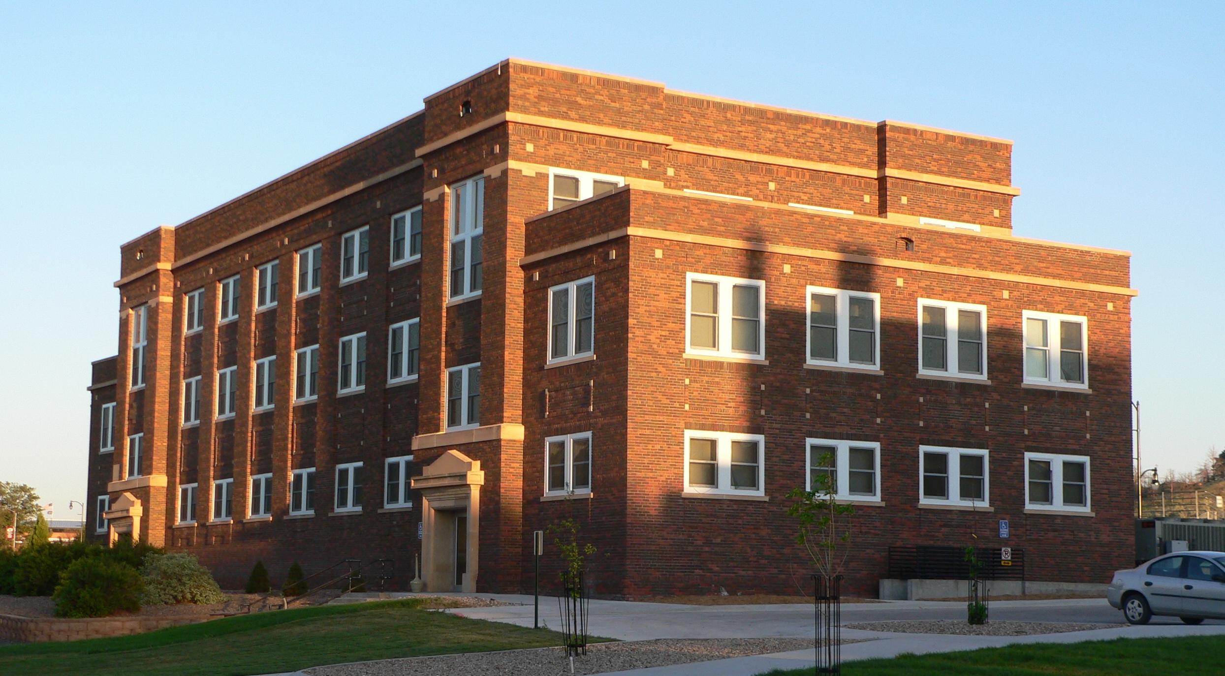 Miller Hall (Chadron, Neska) - Wikipedia on