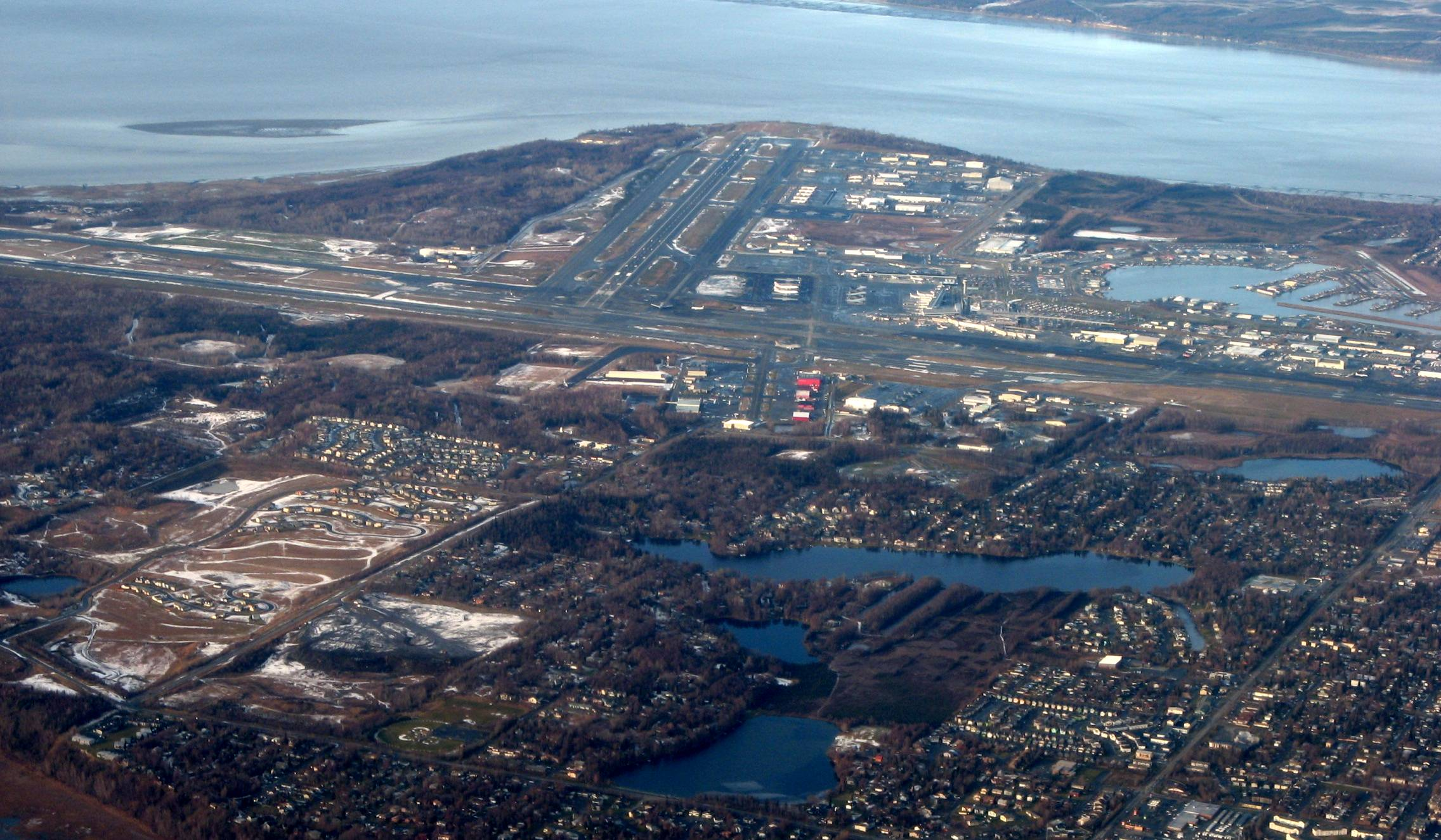 Anchorage_International_Airport_and_Cook_Inlet.jpg